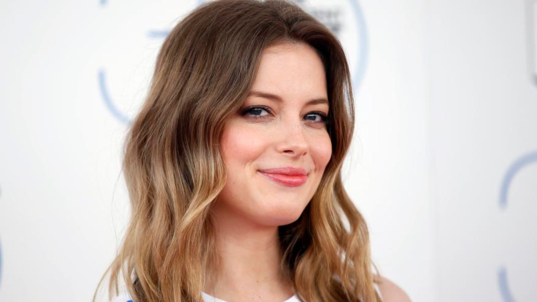 Actress Gillian Jacobs arrives at the 2015 Film Independent Spirit Awards in Santa Monica, California February 21, 2015. REUTERS/Danny Moloshok (UNITED STATES - Tags: ENTERTAINMENT) (SPIRITAWARDS-ARRIVALS) - RTR4QJVJ