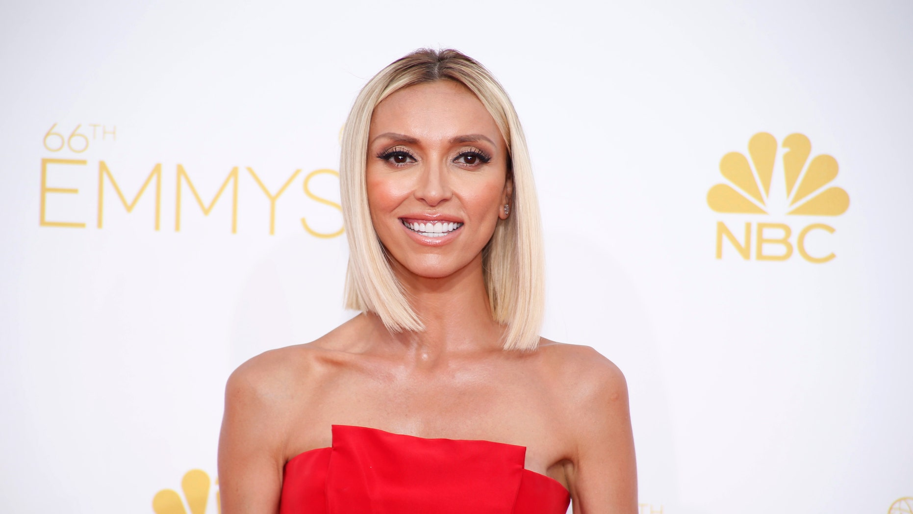 Giuliana Rancic arrives at the 66th Primetime Emmy Awards in Los Angeles, California August 25, 2014.  REUTERS/Lucy Nicholson (UNITED STATES -Tags: ENTERTAINMENT)(EMMYS-ARRIVALS) - RTR43PQT