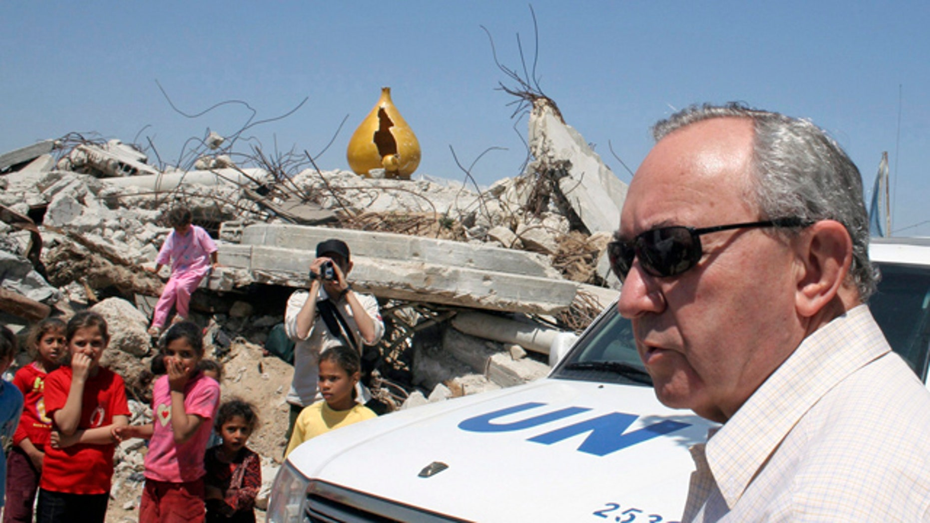 """June 3, 2009:(file photo) Richard Goldstone said, """"If I had known then what I know now, the Goldstone Report would have been a different document."""""""