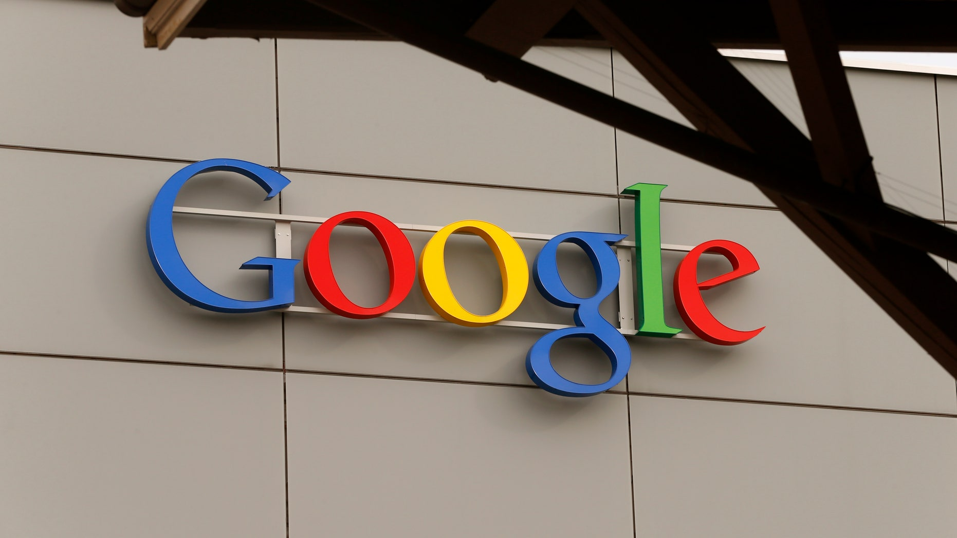 A logo is pictured at Google's European Engineering Center in Zurich April16, 2015. (REUTERS/Arnd Wiegmann)