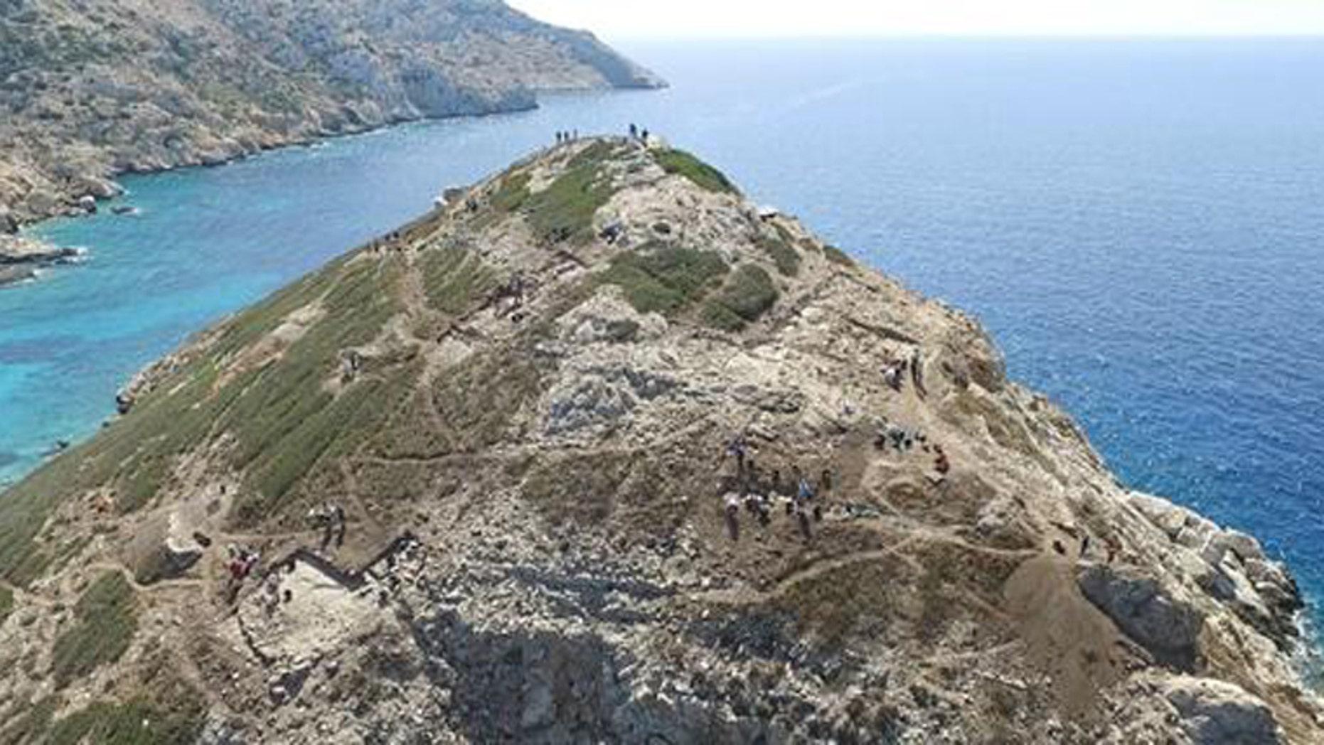 Excavations underway on Dhaskalio, off Keros. (Credit: Cambridge Keros Project)