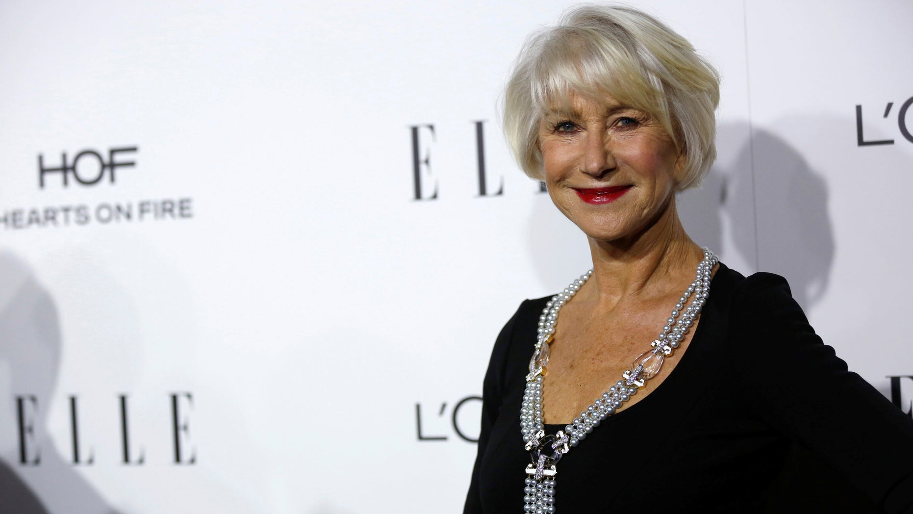 Actor and honoree Helen Mirren poses at the 23rd annual ELLE Women in Hollywood Awards in Los Angeles, California U.S., October 24, 2016.   REUTERS/Mario Anzuoni - RTX2QANQ