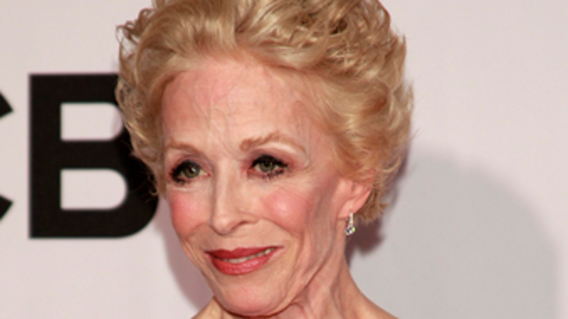 Actress Holland Taylor arrives to the American Theatre Wing's annual Tony Awards in New York June 9, 2013.