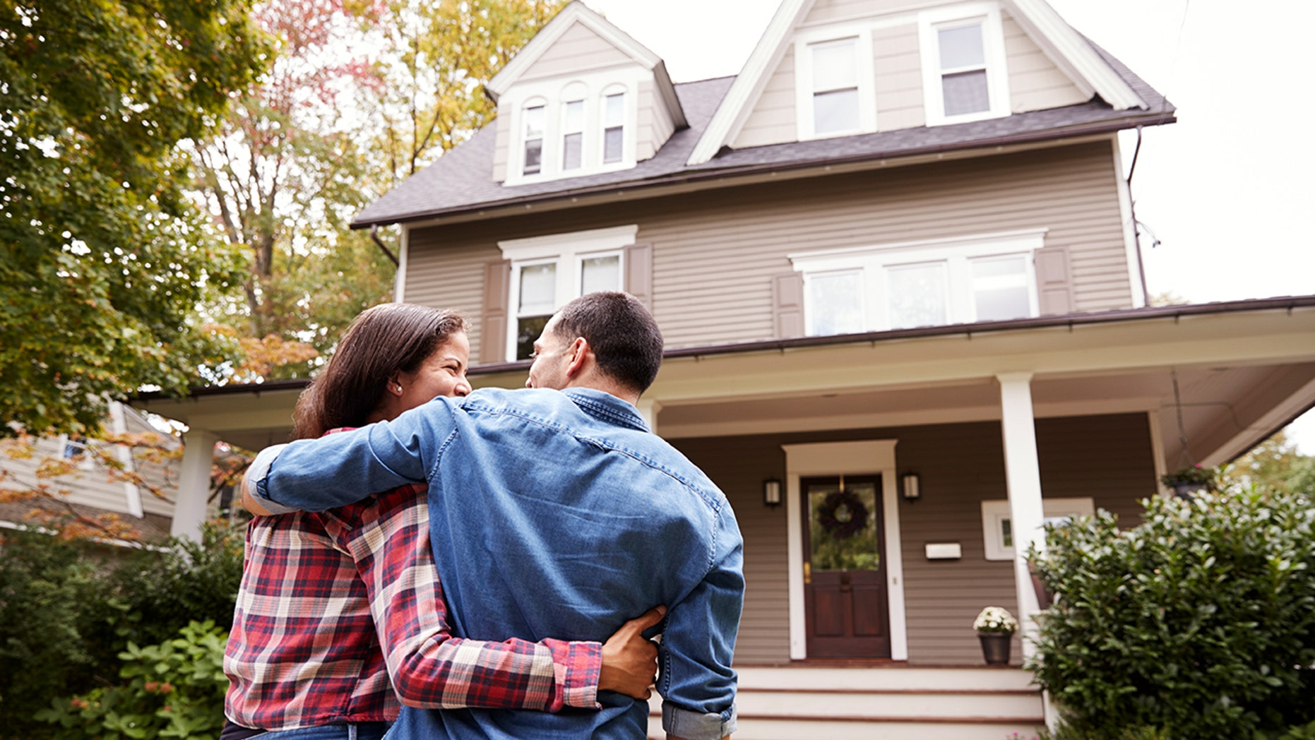 Thinking of renting your home on Airbnb? There are few things you need to know, first.