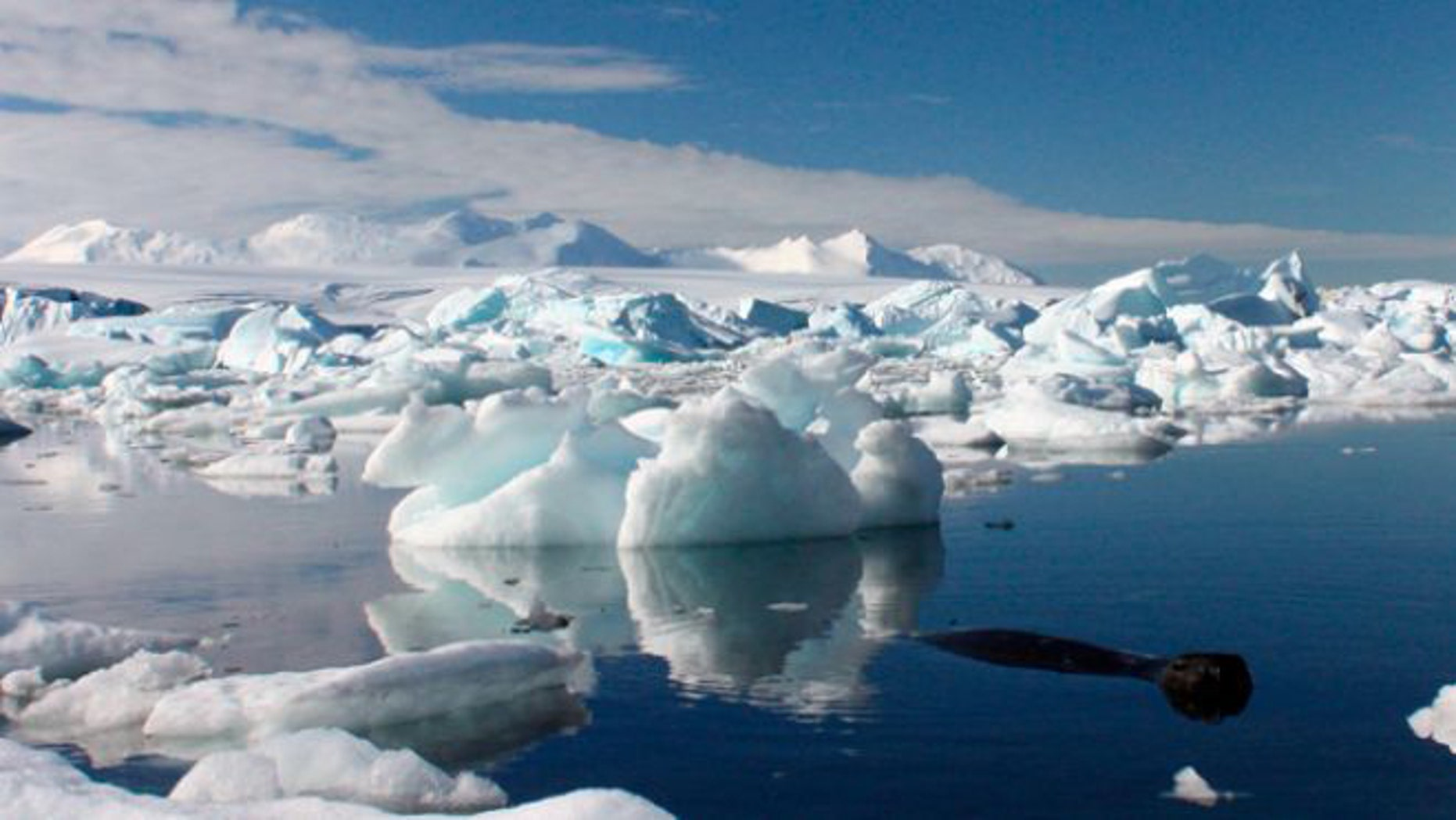 Antarctic scientists successfully reached Mercer Subglacial Lake on December 26th.