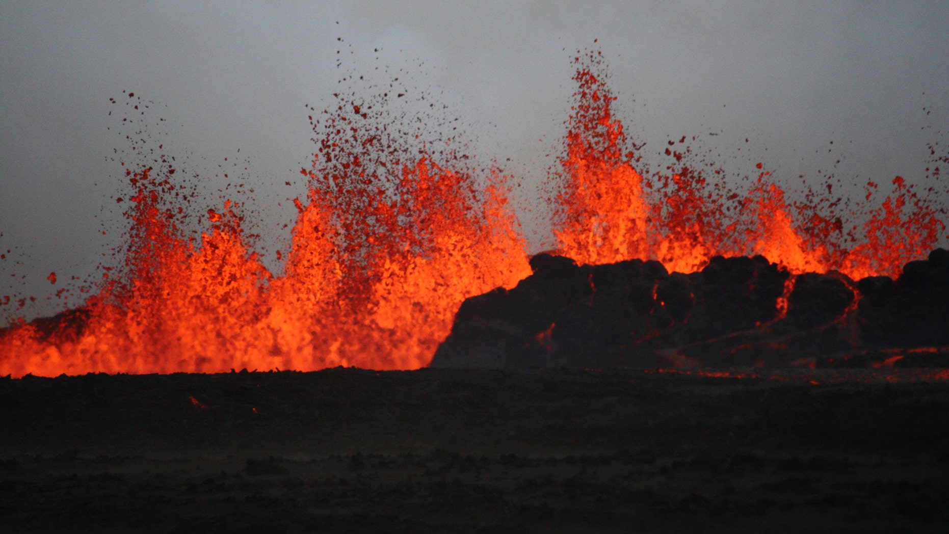 File photo: The lava flows on the ground after the Bardabunga volcano erupted again on August 31, 2014. (REUTERS/Armann Hoskuldsson)