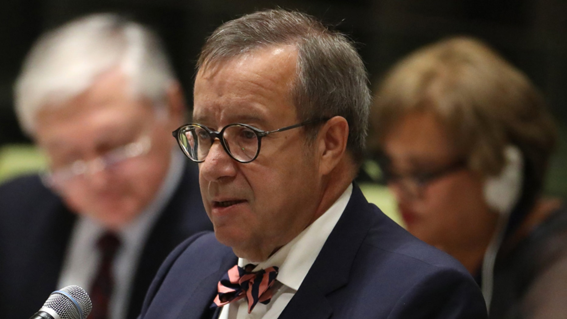 President Toomas Hendrik Ilves of Estonia speaks during a high-level meeting on addressing large movements of refugees and migrants at the United Nations General Assembly in Manhattan, New York, U.S. September 19, 2016. REUTERS/Carlo Allegri - RTSOGAR