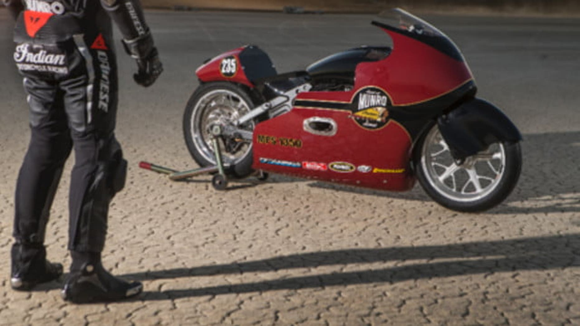 Lee Munro and the 2017 Indian Scout Streamliner
