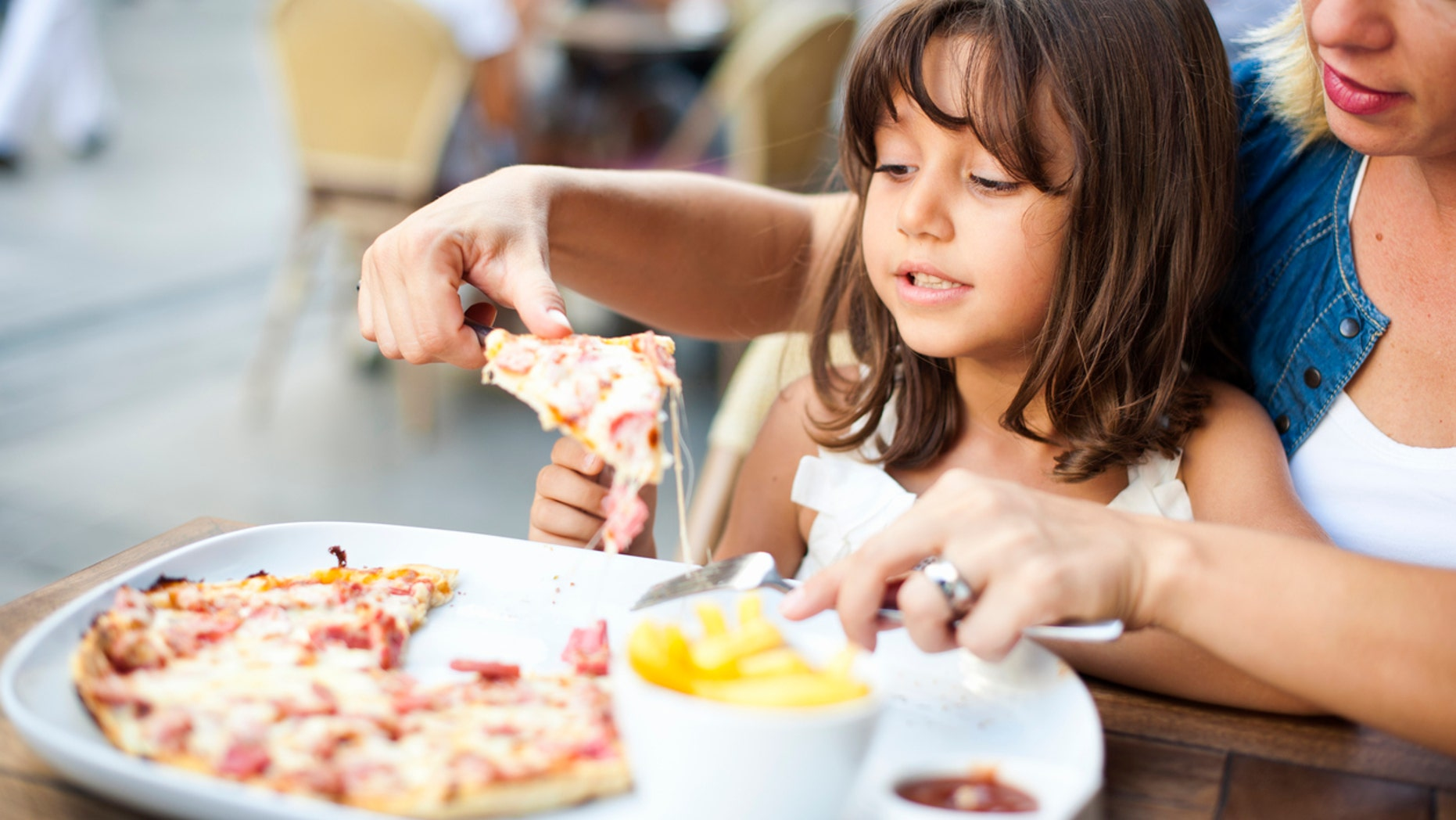 A pizza restaurant has made a polarizing decision to ban children from their restaurant after a scary event involving a child's safety.