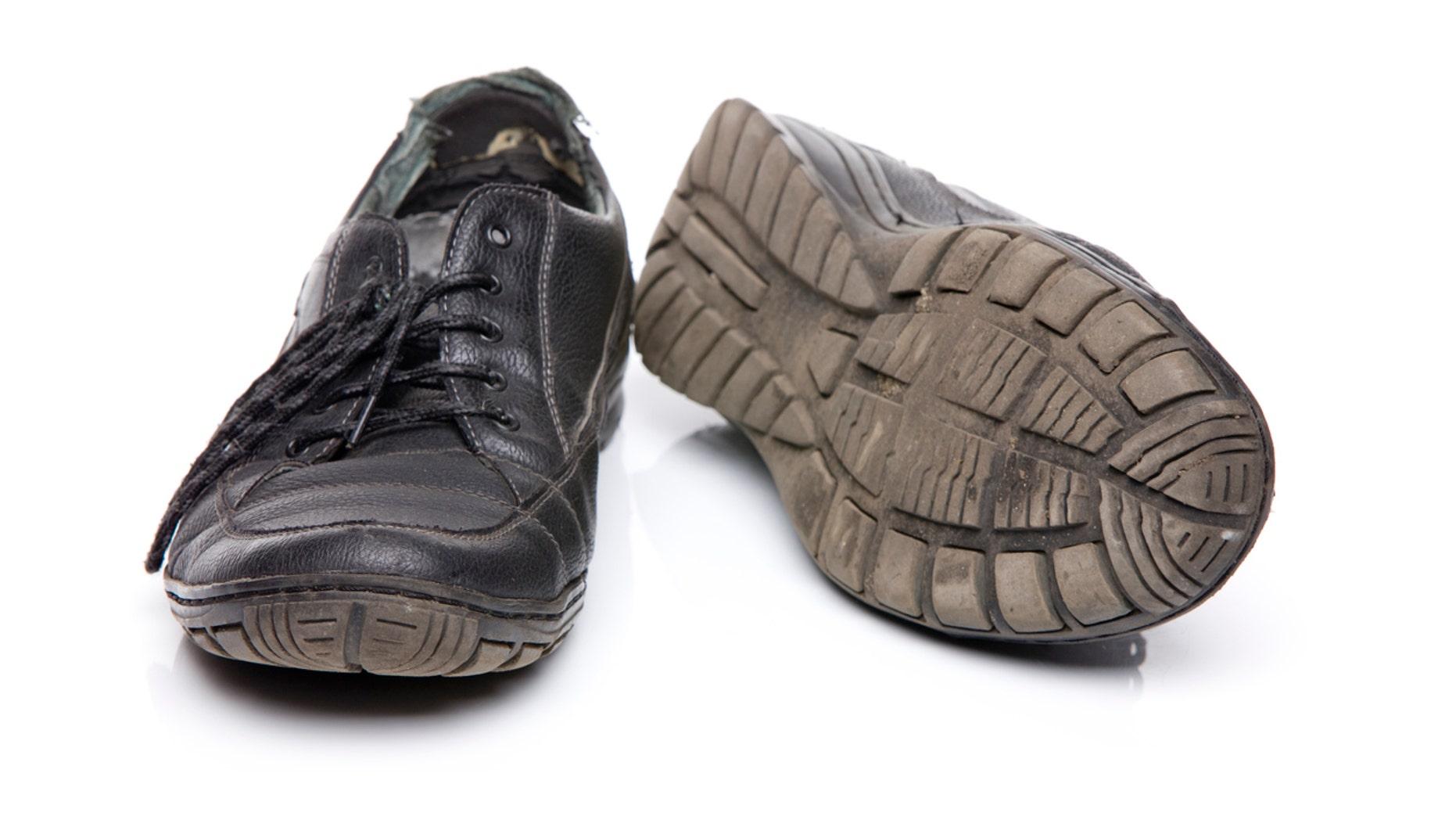 Old shoes XXXL