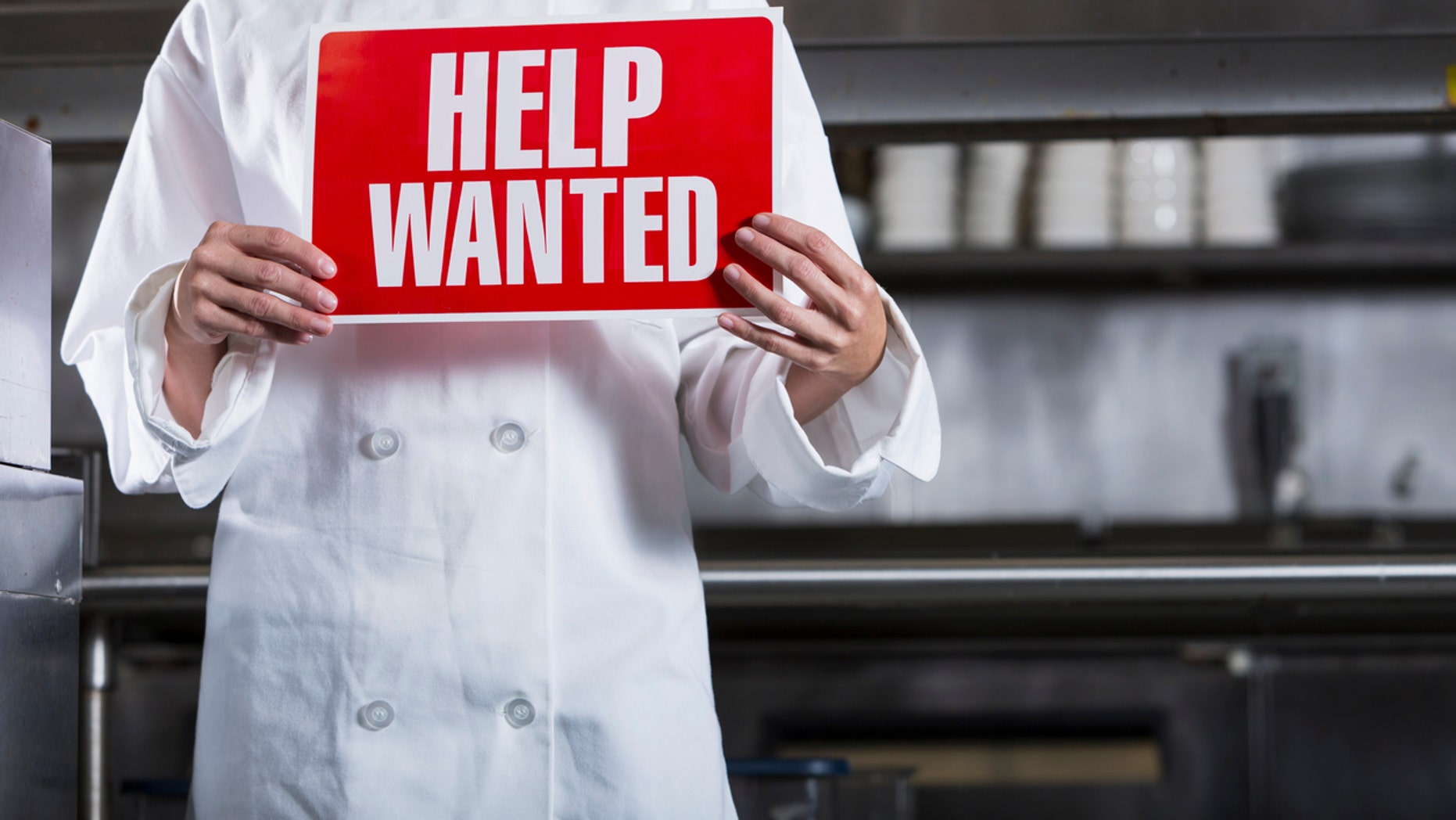 A southern restaurant in Texas is giving back to his community by hiring those in need.