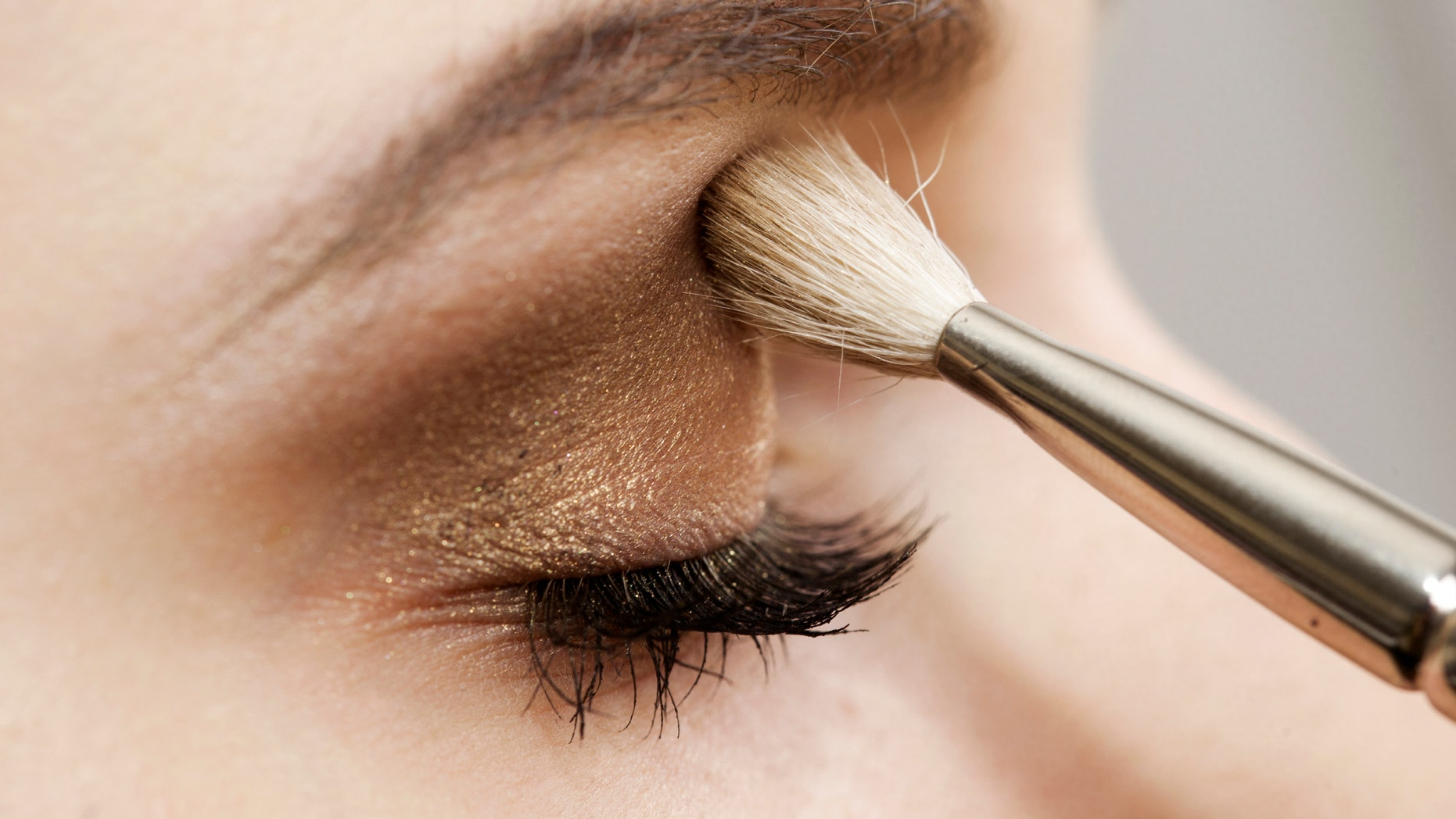 10 toxic chemicals to avoid in eye makeup | Fox News