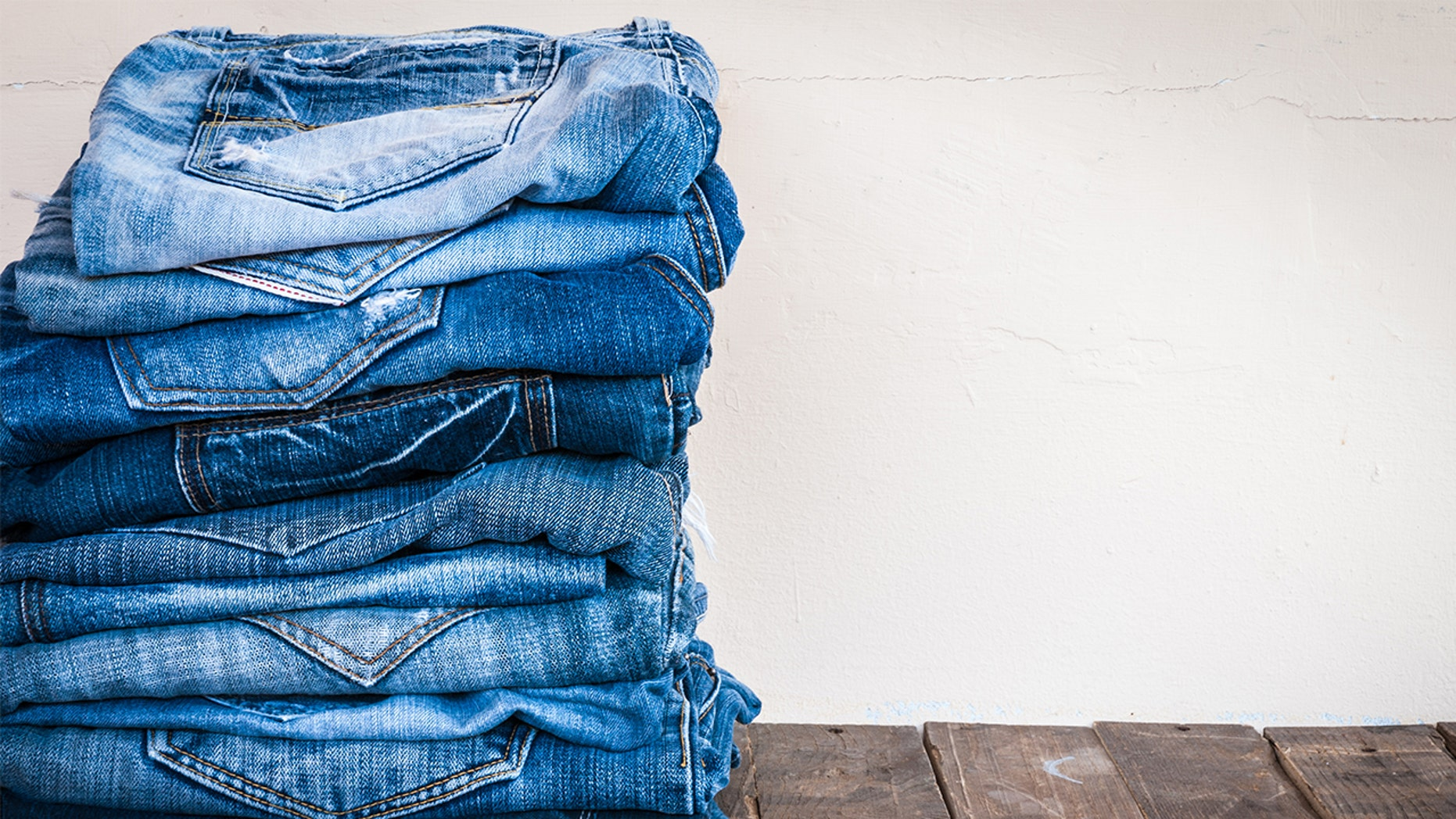 Thanks to new technology, body-optimizing jeans could be the pants of the future.