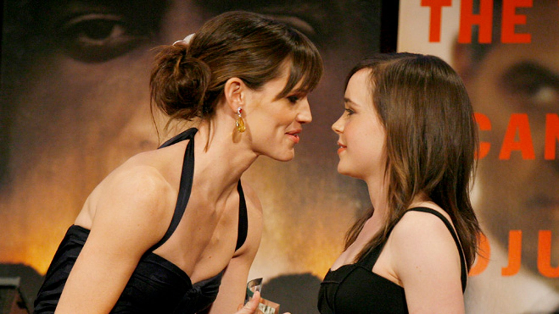 """Jennifer Garner and Ellen Page will be reprising their roles from """"Juno"""" for a live reading."""
