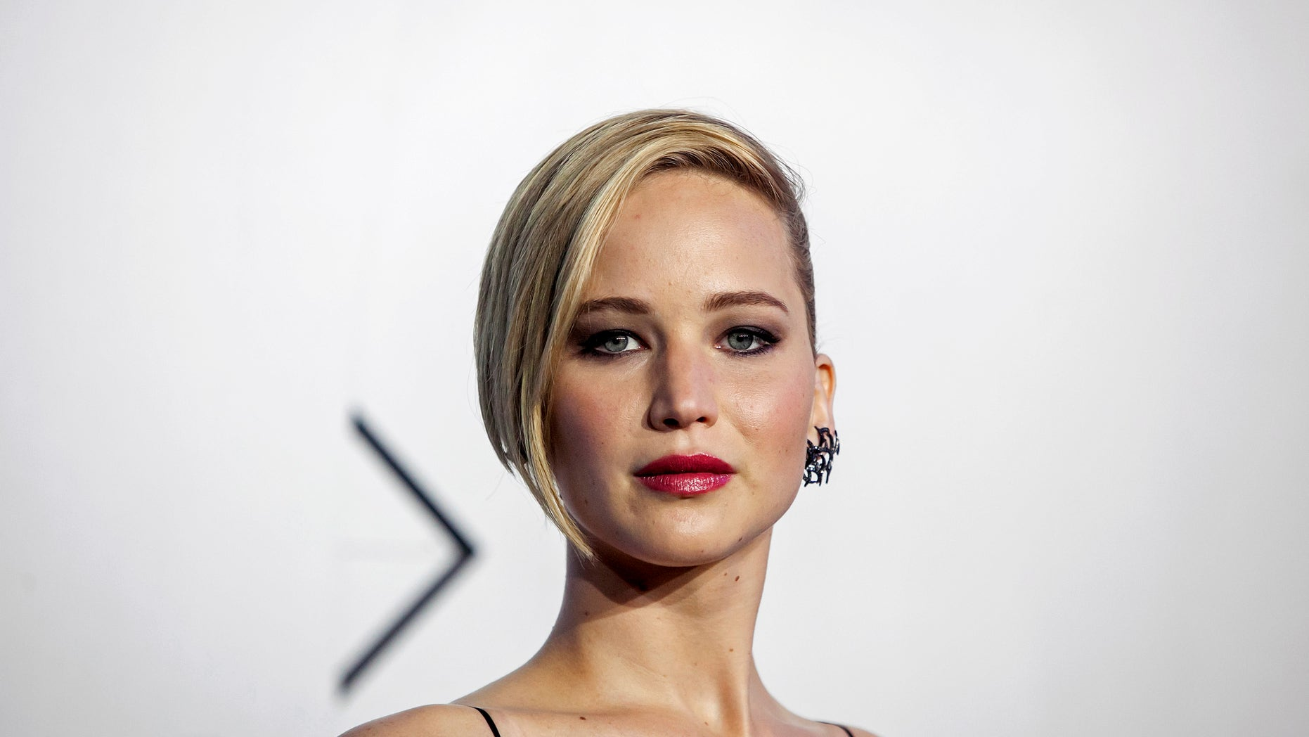 """Actress Jennifer Lawrence attends the """"X-Men: Days of Future Past"""" world movie premiere in New York May 10, 2014."""