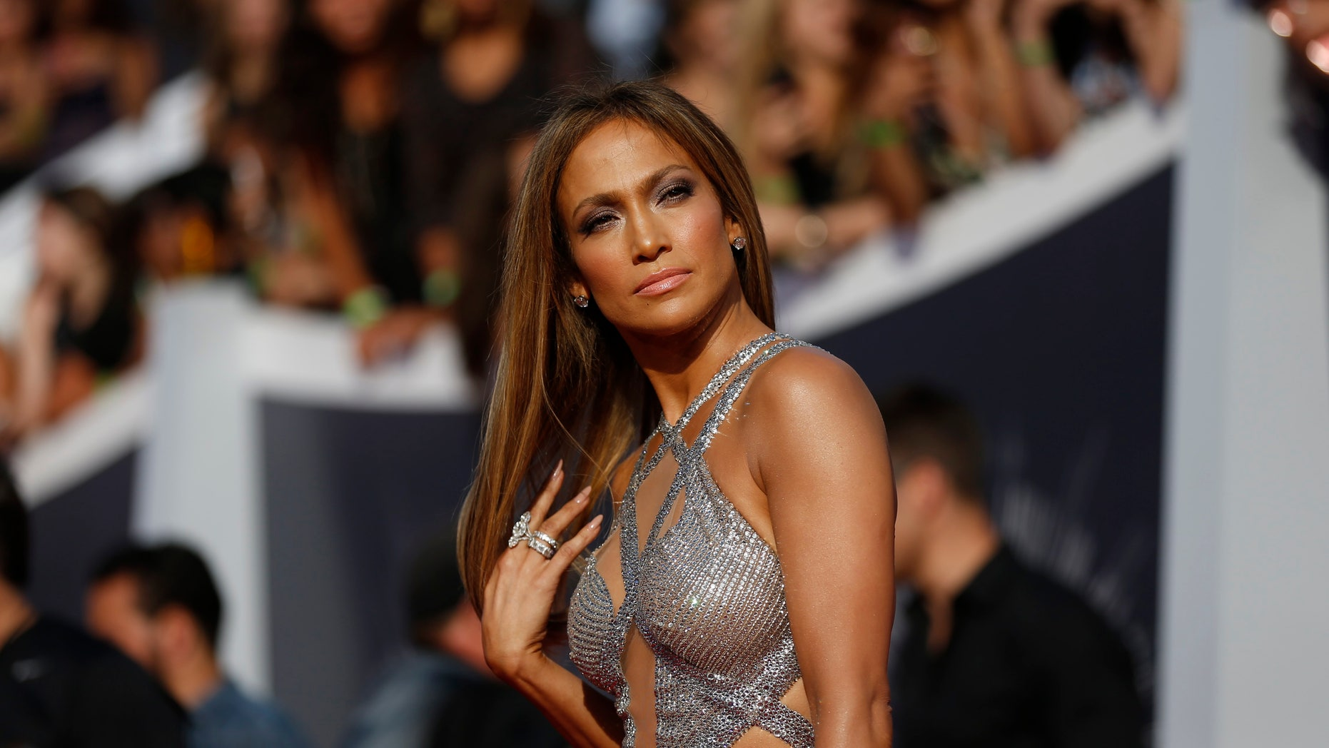 August 24, 2014. Jennifer Lopez arrives at the 2014 MTV Video Music Awards in Inglewood.