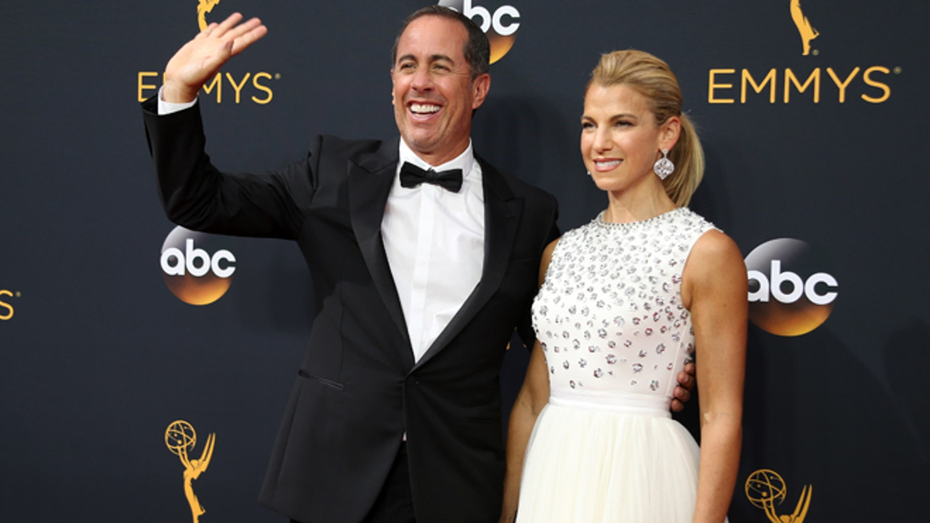 Jerry Seinfeld appeared to shade Kesha on Instagram by posting a photo of him hugging his wife Jessica.