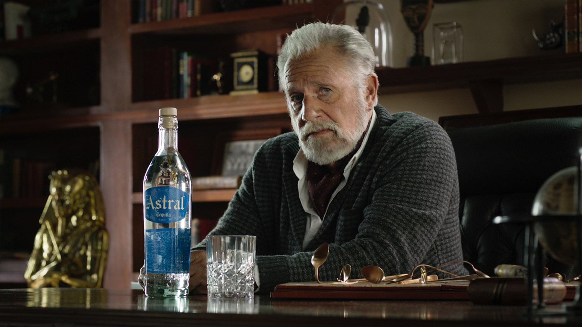 Jonathan Goldsmith is back and better than ever.