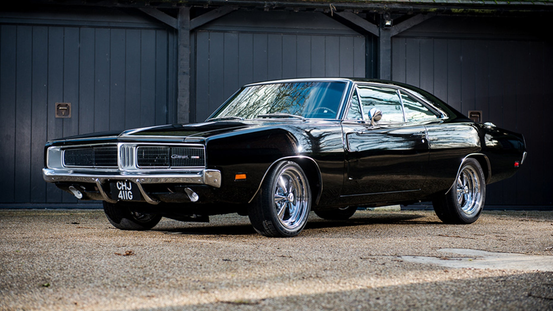 'Bullitt' Dodge Charger clone owned by Bruce Willis and ...