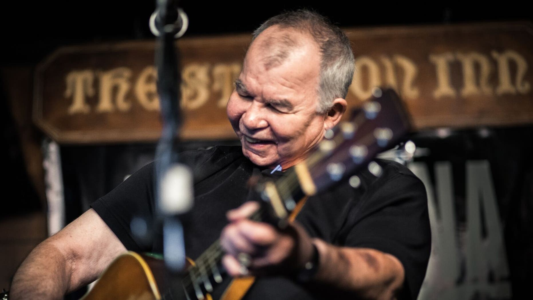 Country music star John Prine performing in Ireland.