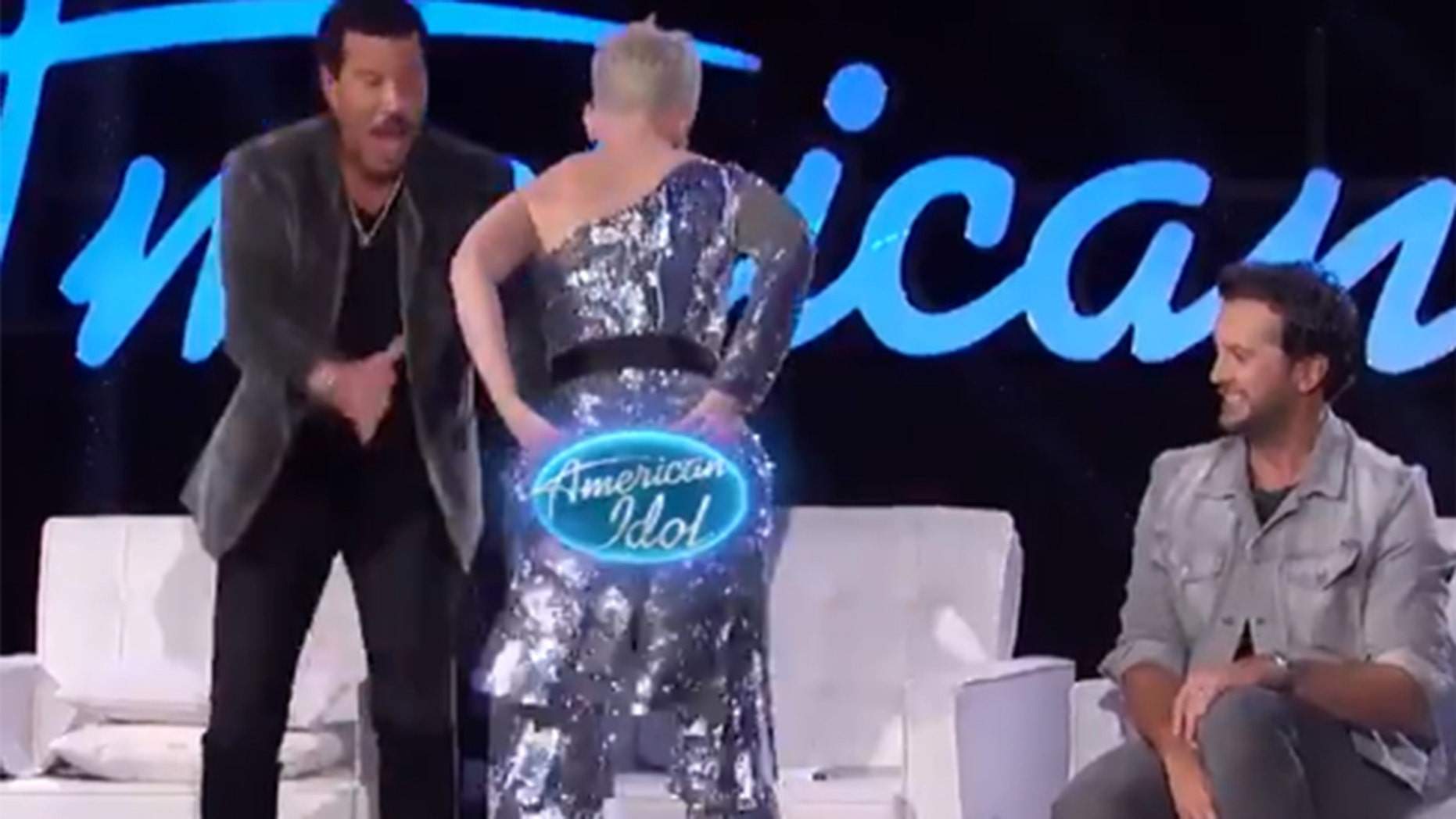 "Katy Perry accidentally split her pats while filming ""American Idol."""