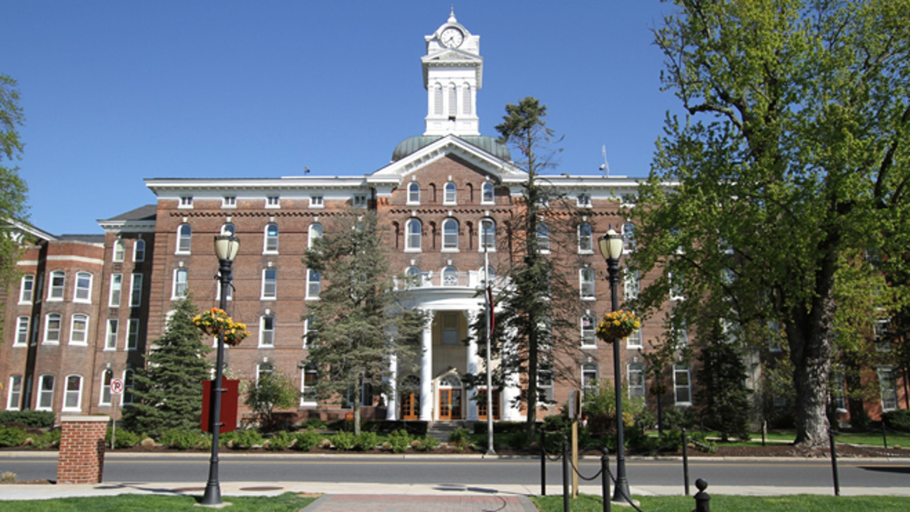Kutztown University Of Pennsylvania >> Packing For School Pennsylvania S Kutztown University Lifts