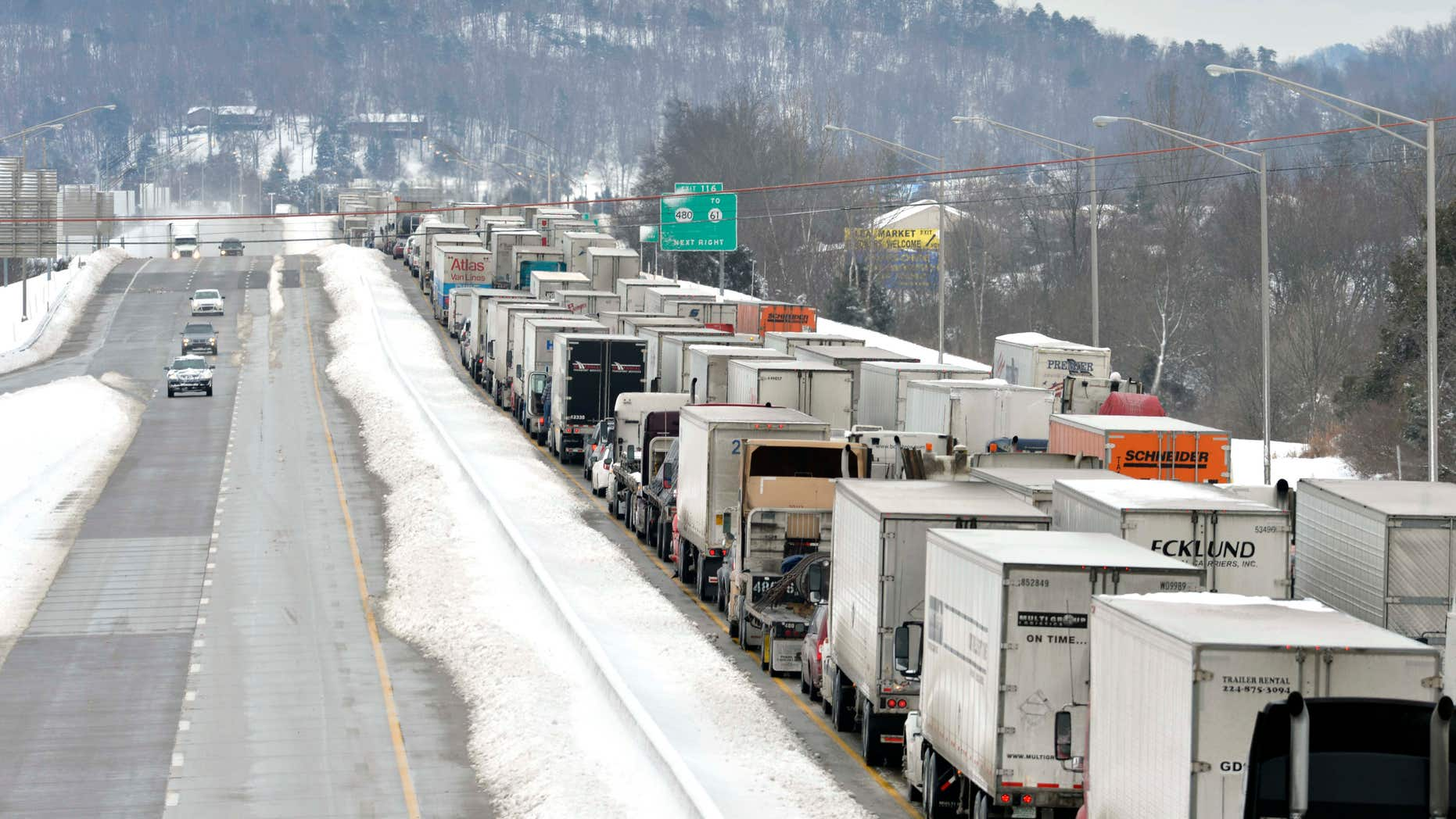 March 5, 2015: Traffic backs up as more than 50 miles of Interstate 65 southbound is shut down from the weather.