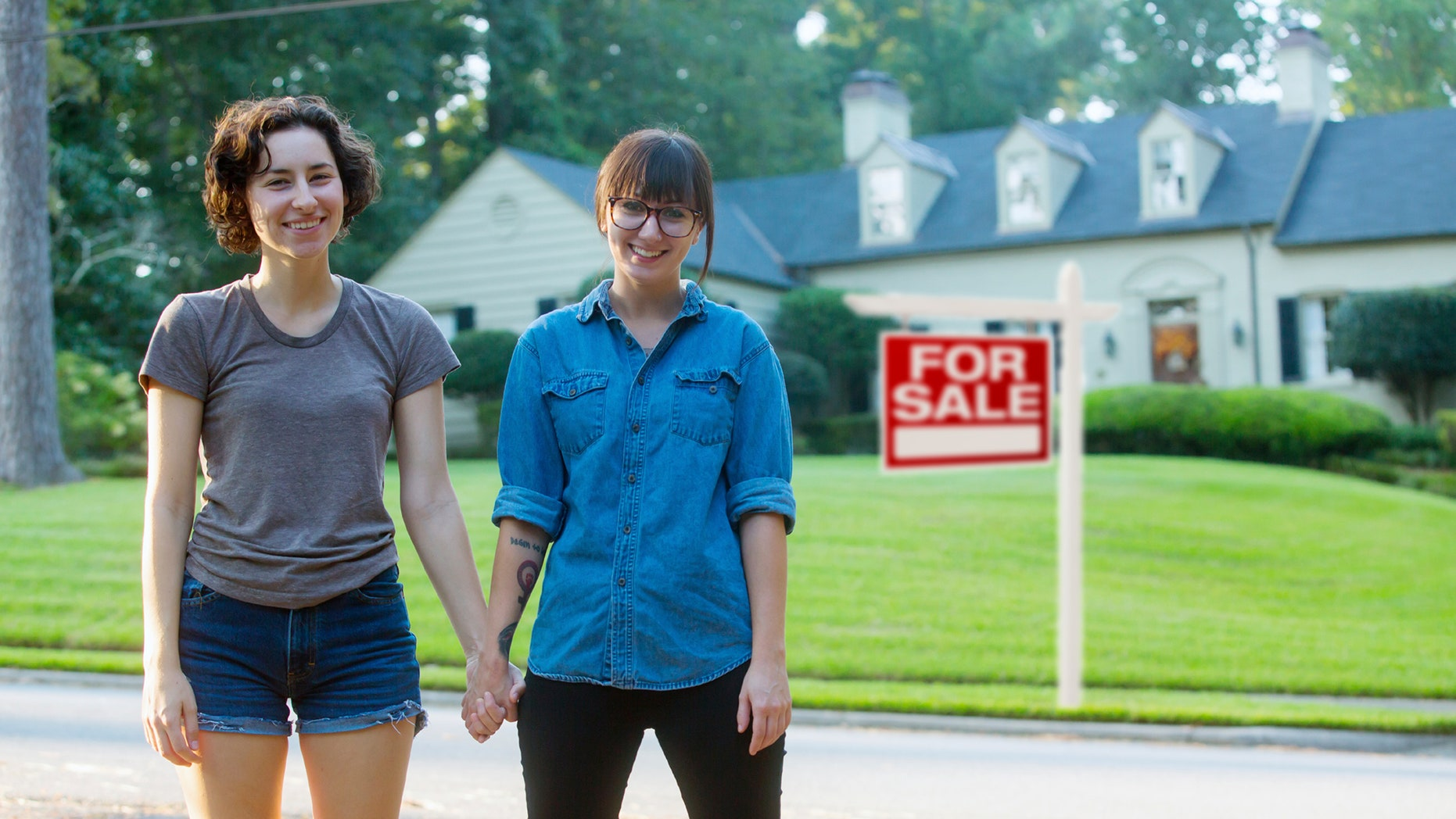 lady-house-buyers