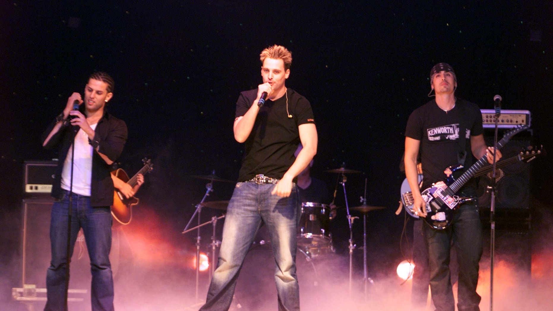 Brad Fischetti (right) and LFO perform in 2001.