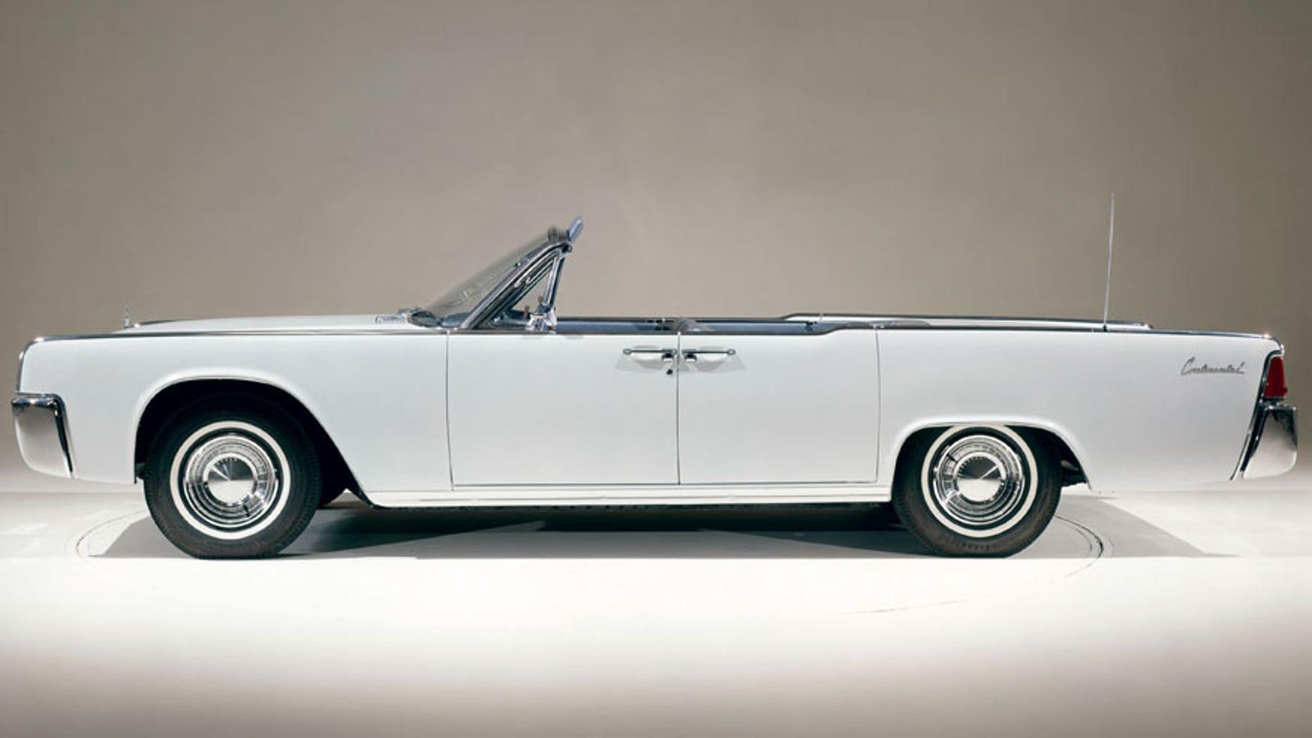 1962 Lincoln Continental Fordor Convertible