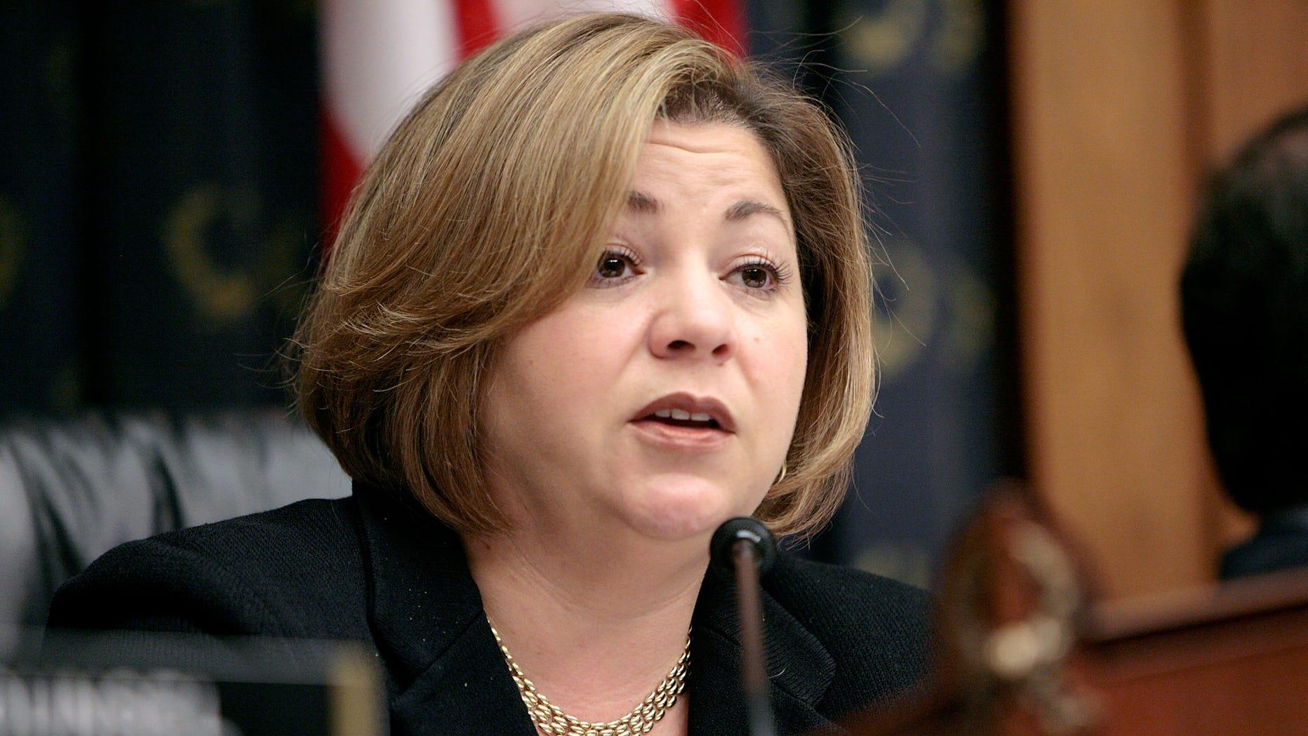 Linda Sanchez (D-CA)