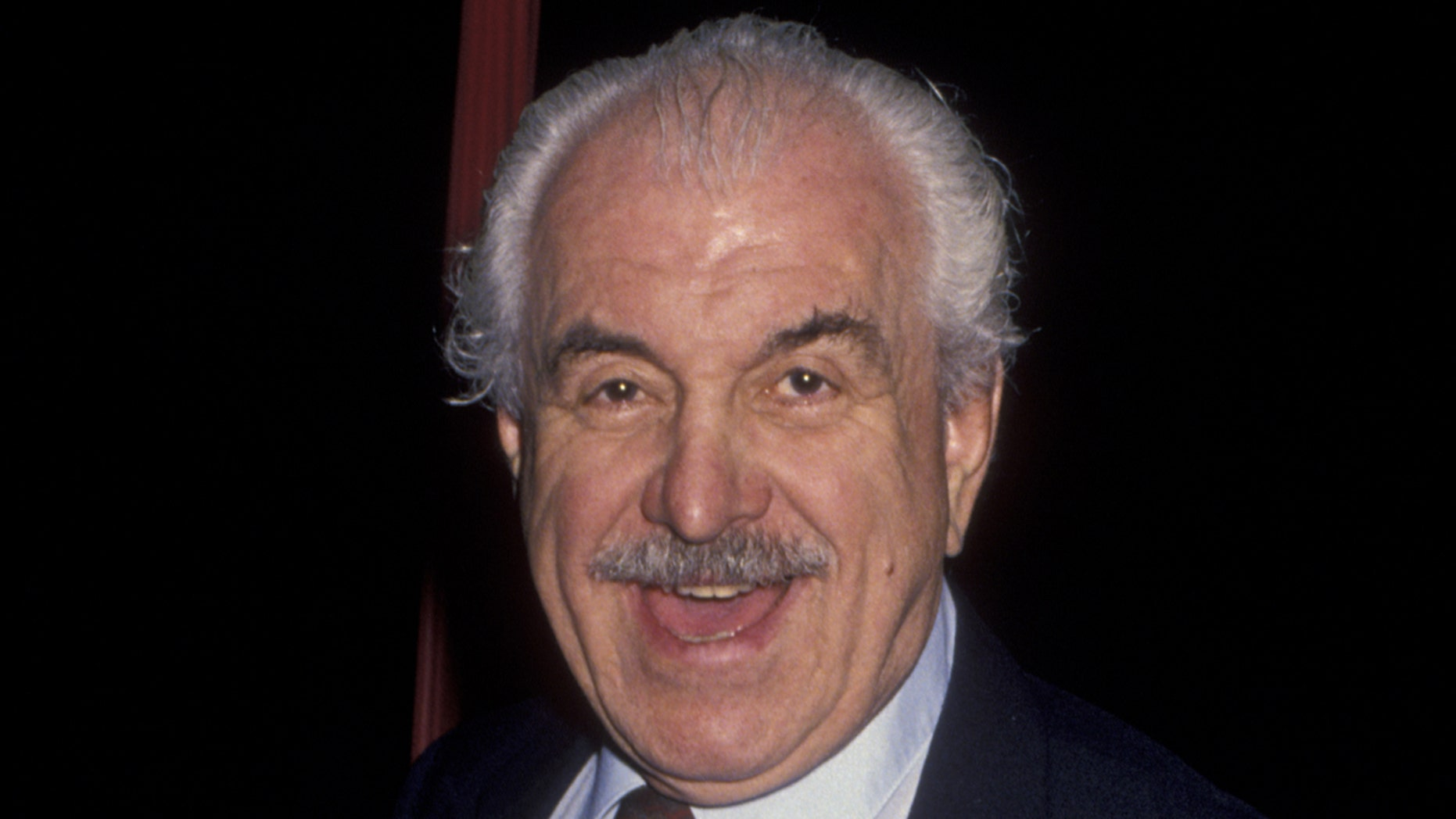 'Mad About You' star and theater veteran, Louis Zorich, died on Feb. 2018 at the age of 93.