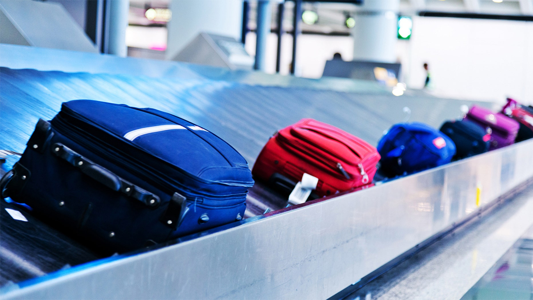 The couple has reached a settlement with Southwest Airlines over stinky bags.