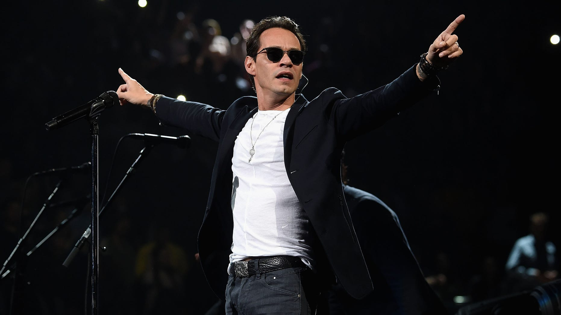 NEW YORK, NY - FEBRUARY 06:  Marc Anthony performs onstage at Madison Square Garden on February 6, 2016 in New York City.  (Photo by Jamie McCarthy/Getty Images)