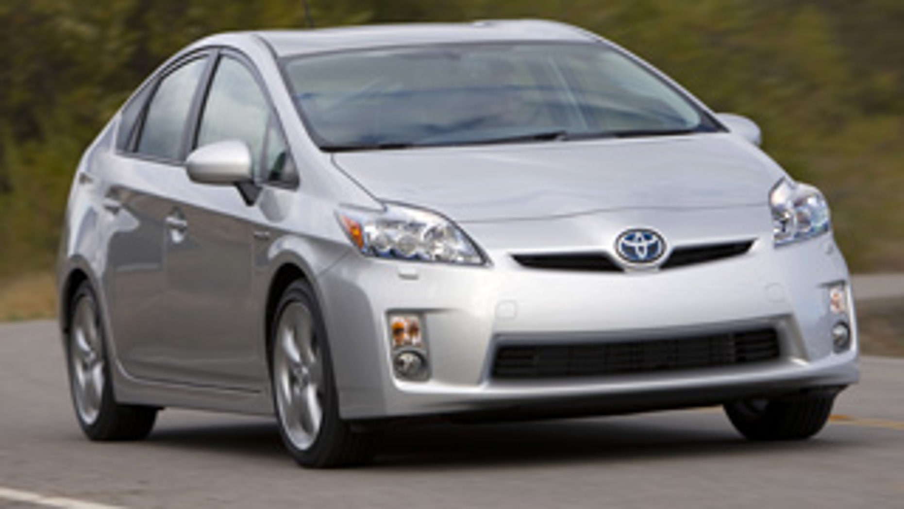 Transportation Department Opens Probe Into Brake Problems In 2010 Toyota Prius Models