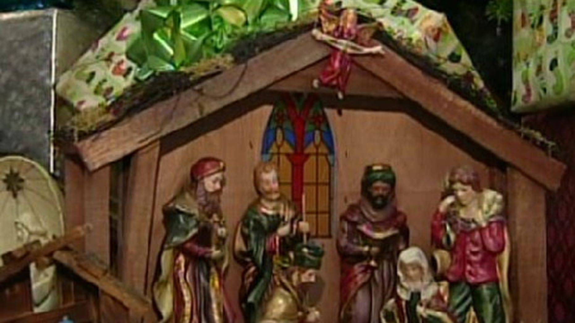 A religious group is protesting what they are calling discrimination after the City of Boca Raton left a manger out of a holiday dispaly inside City Hall.