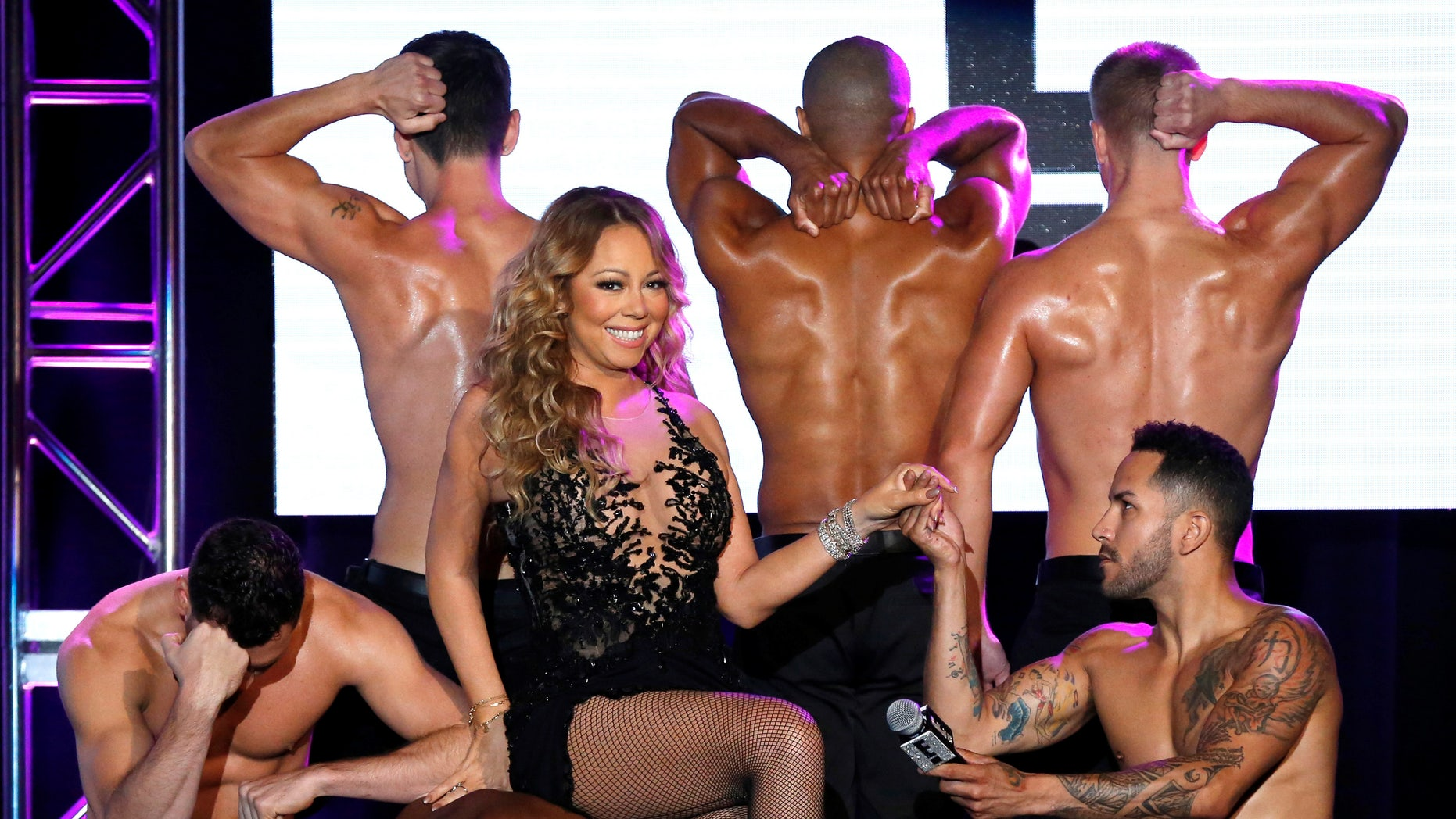 """Recording artist Mariah Carey attends a panel for the television series """"Mariah's World"""" during the TCA NBCUniversal Press Tour in Beverly Hills, California U.S., August 3, 2016. REUTERS"""