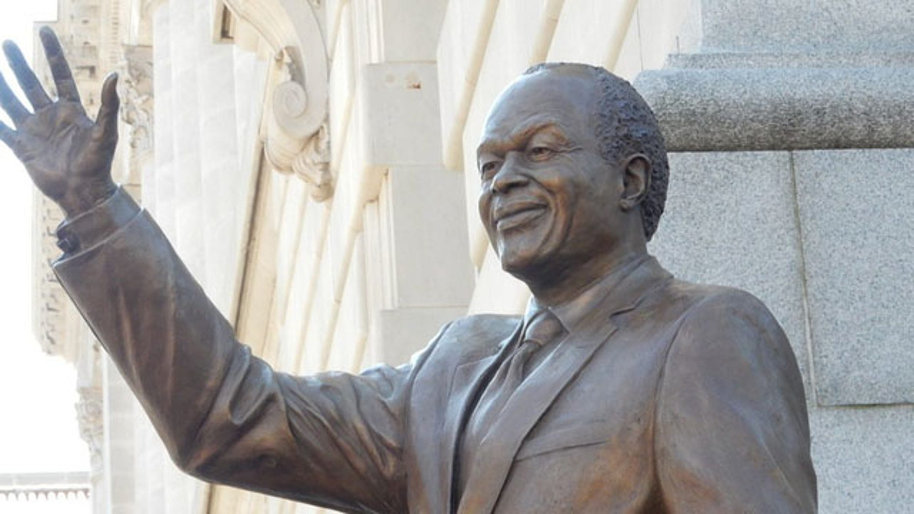 Marion barry statue