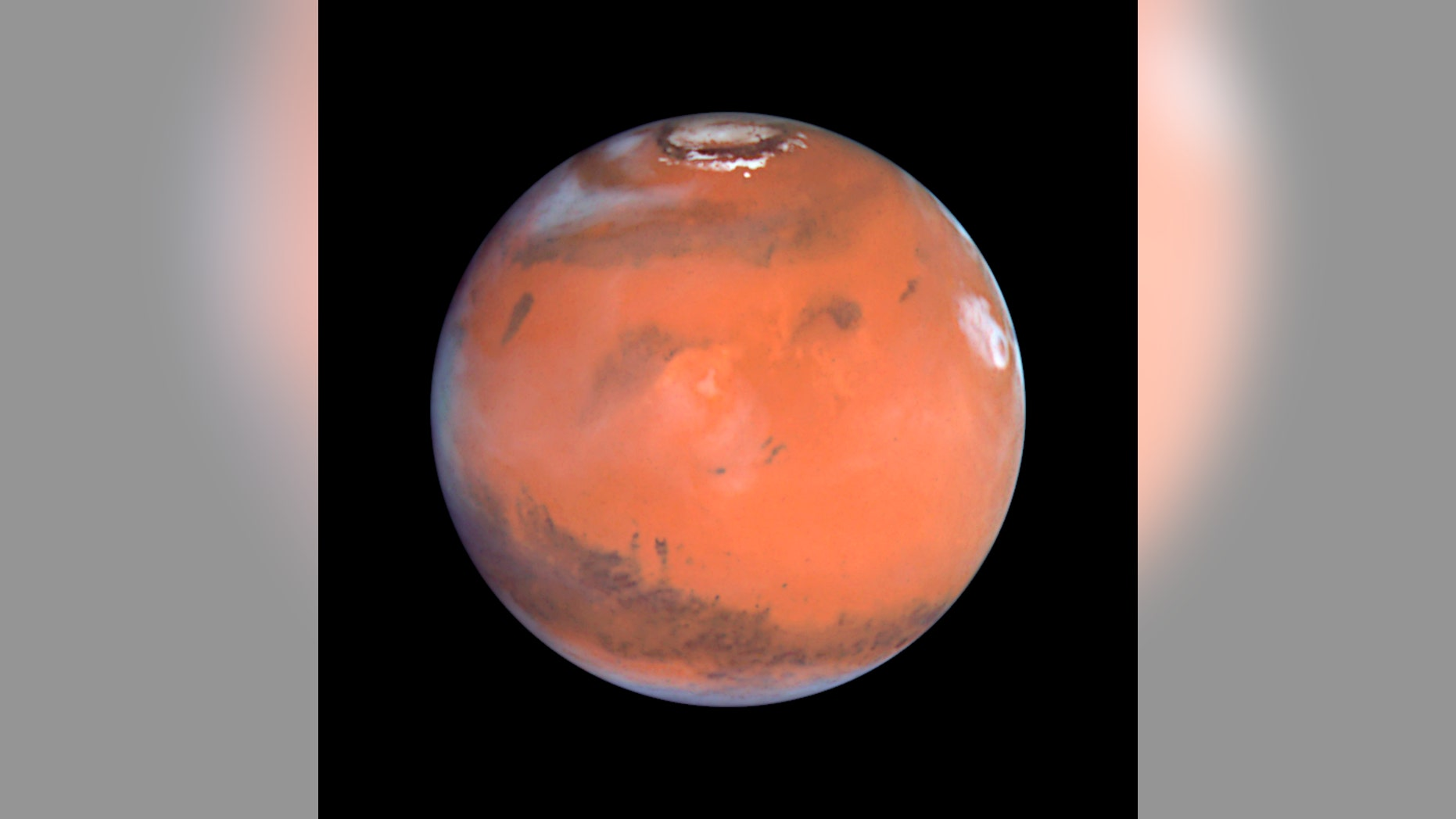 This 1999 Hubble telescope image shows Mars when Mars was 54 million miles from Earth.  (REUTERS/NASA/Handout)