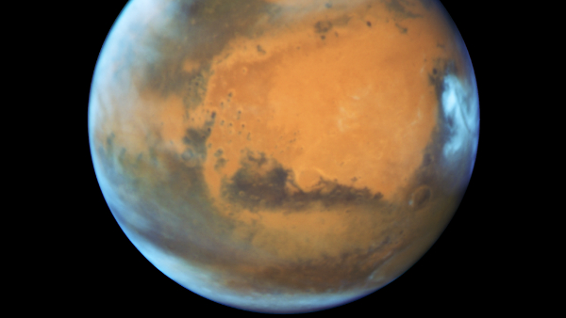 Mars in opposition 2016 (Image credit: NASA, ESA, the Hubble Heritage Team [STScI/AURA], J. Bell [ASU], and M. Wolff [Space Science Institute])