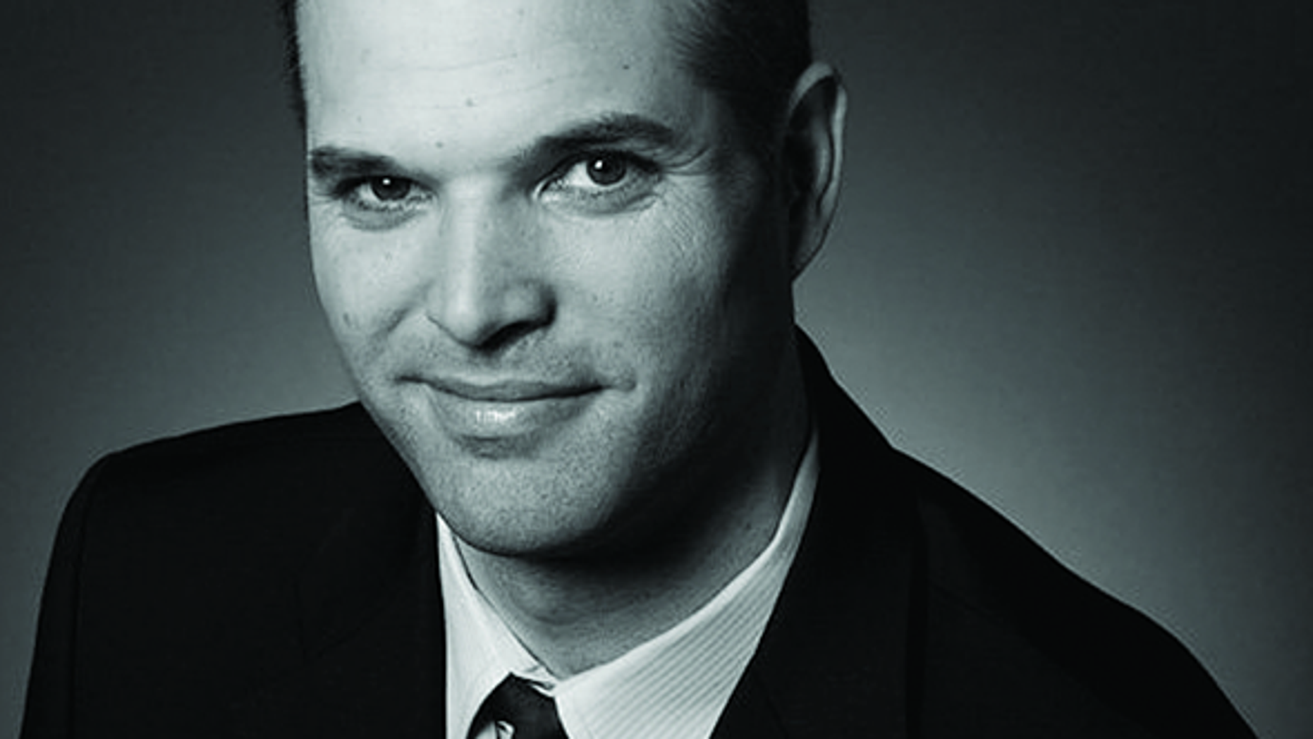 Matt Taibbi, a writer for Rolling Stone magazine, is facing backlash over a 2000 memoir he co-authored.