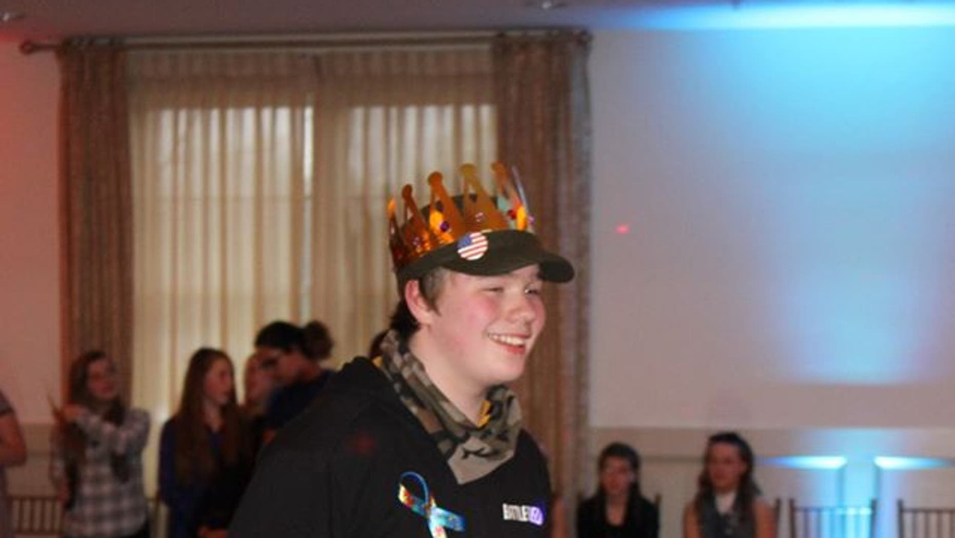 "Max Bedard was crowned ""King"" of his very own dance."
