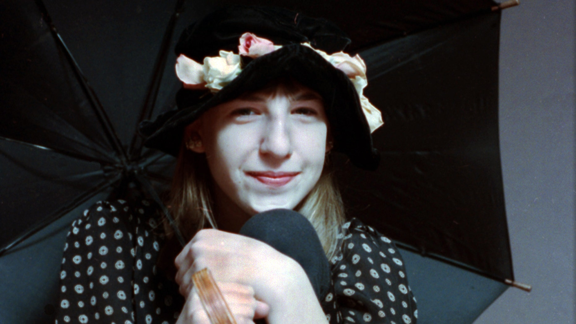 """Mayim Bialik in a photo for """"Blossom."""""""