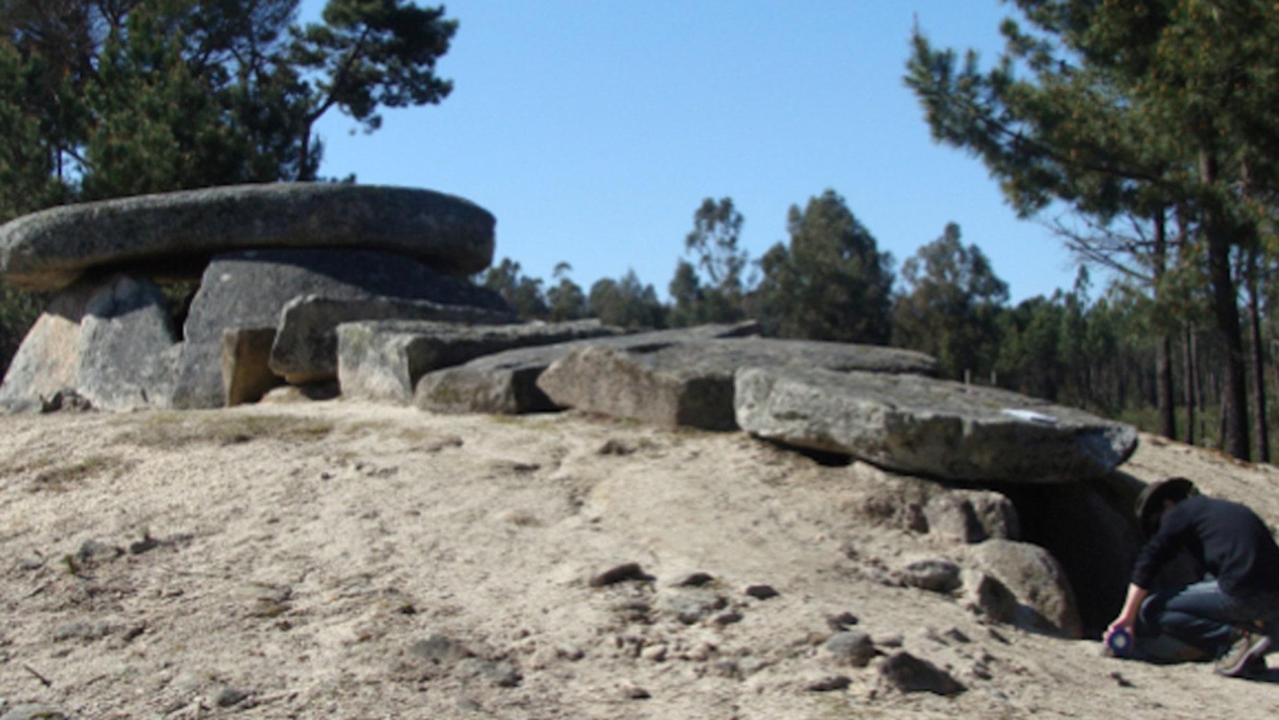 Dolmen da Orca, a typical dolmenic structure in western Iberia. (F. Silva)