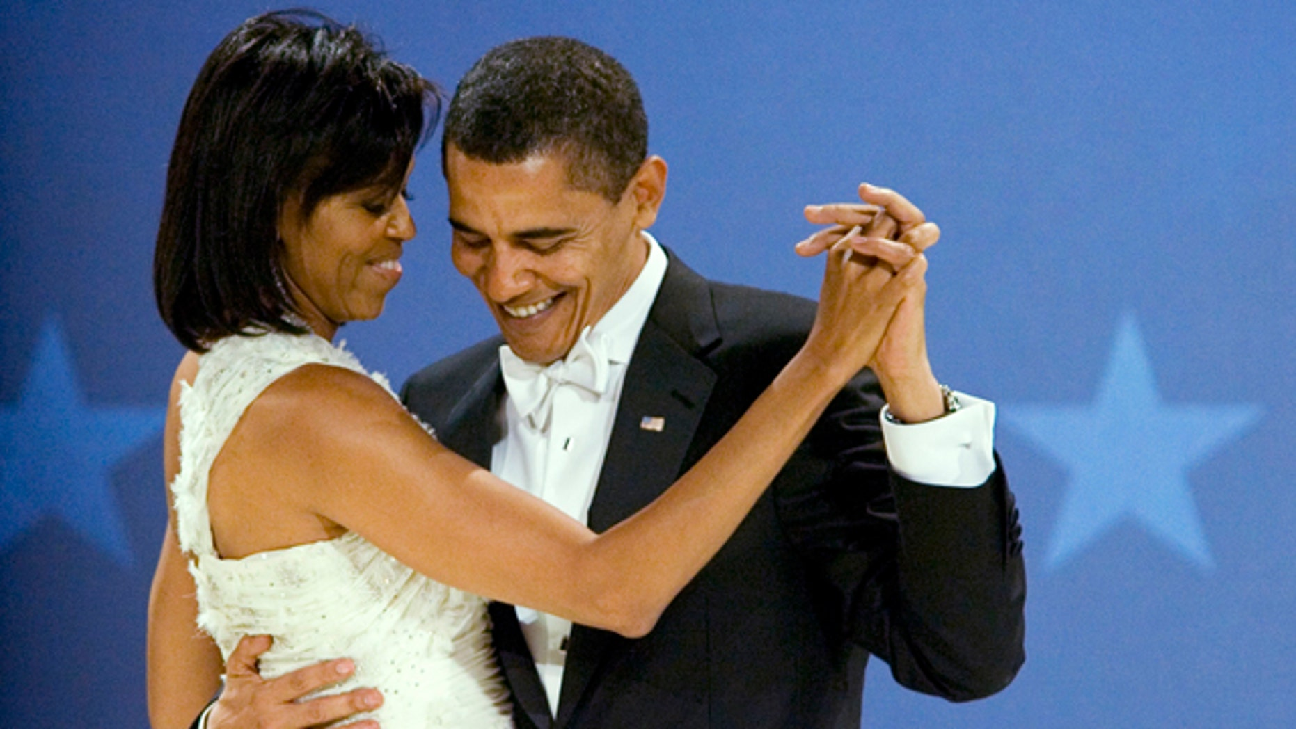 Here's Michelle Obama's advice for couples this Valentine's Day: Laugh with your partner.