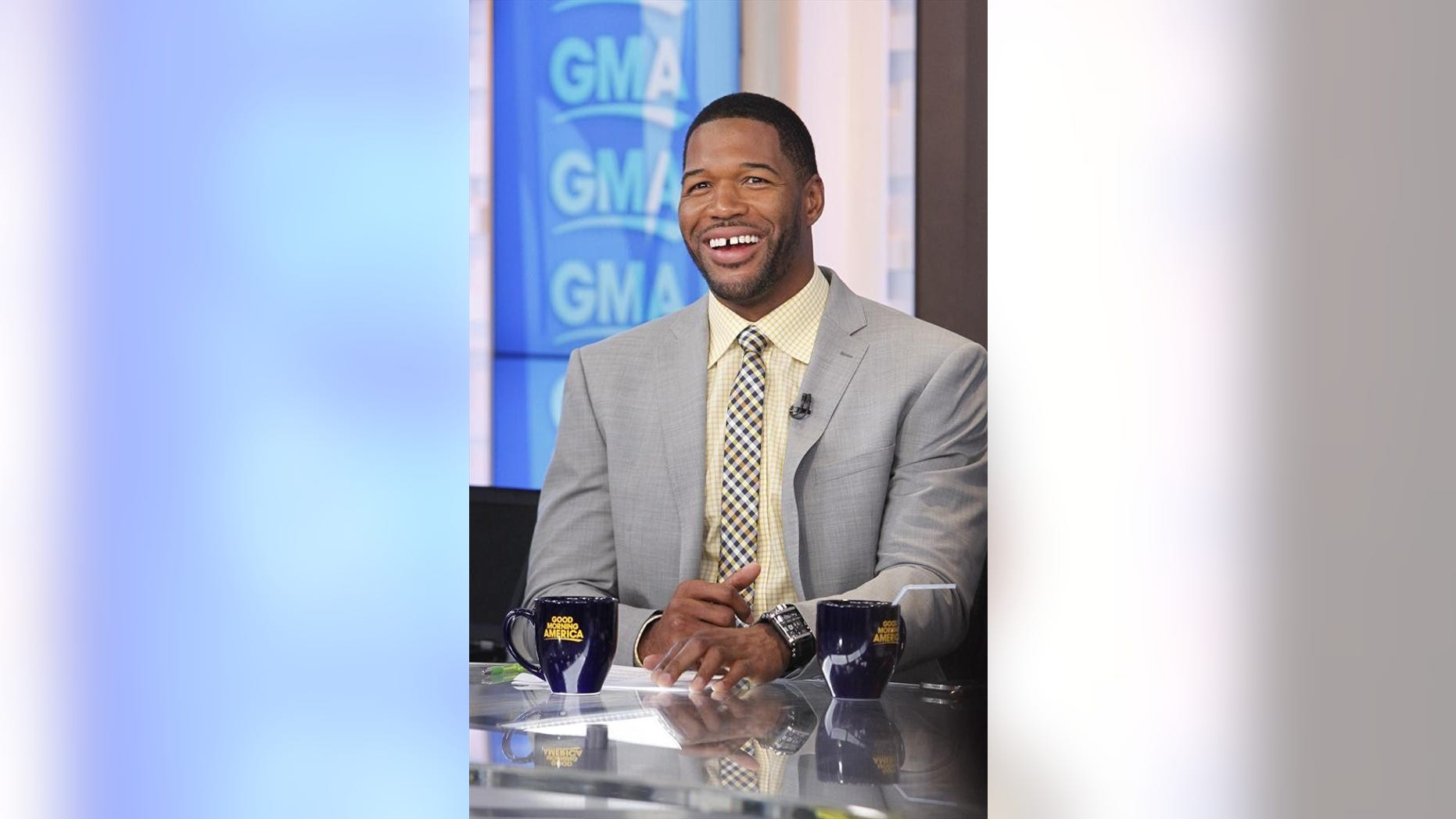 """GOOD MORNING AMERICA - Michael Strahan on """"Good Morning America,"""" 6/24/14, airing on the ABC Television Network.   (ABC/Lou Rocco) MICHAEL STRAHAN"""