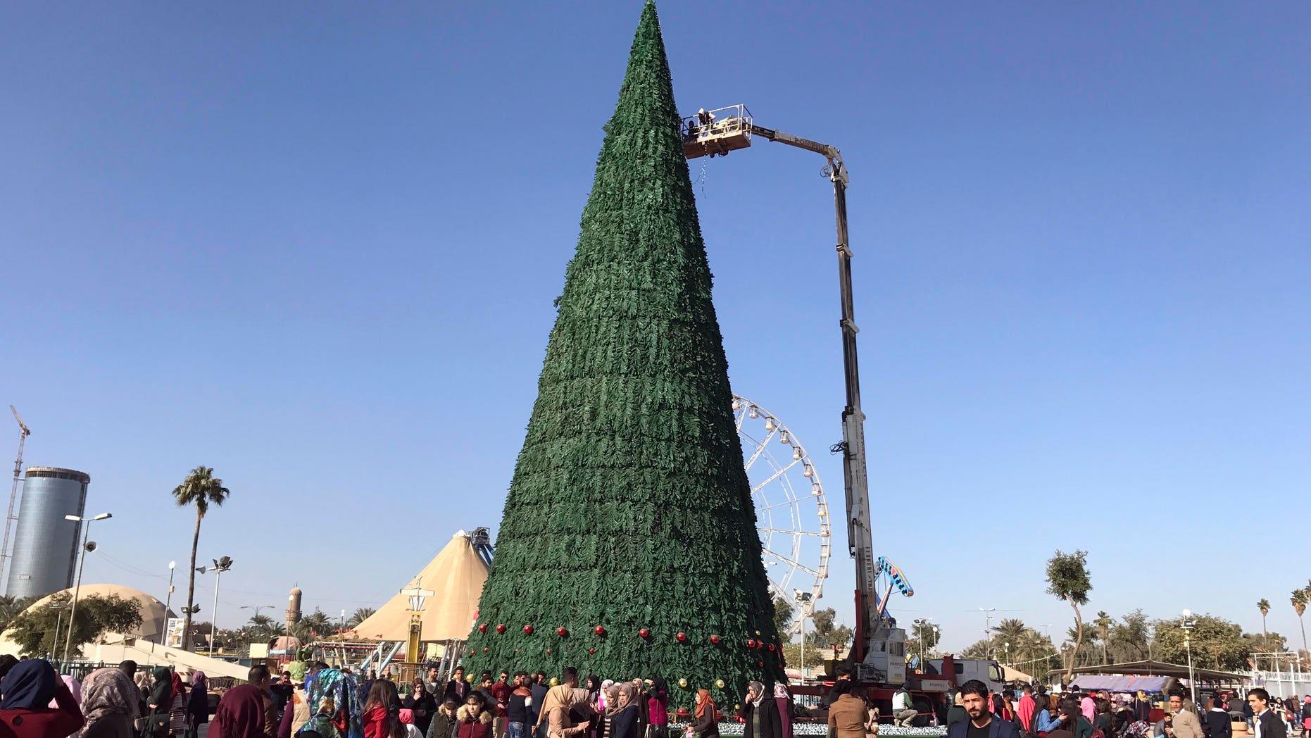 Muslim businessman erected Christmas tree in Baghdad in solidarity Christians.