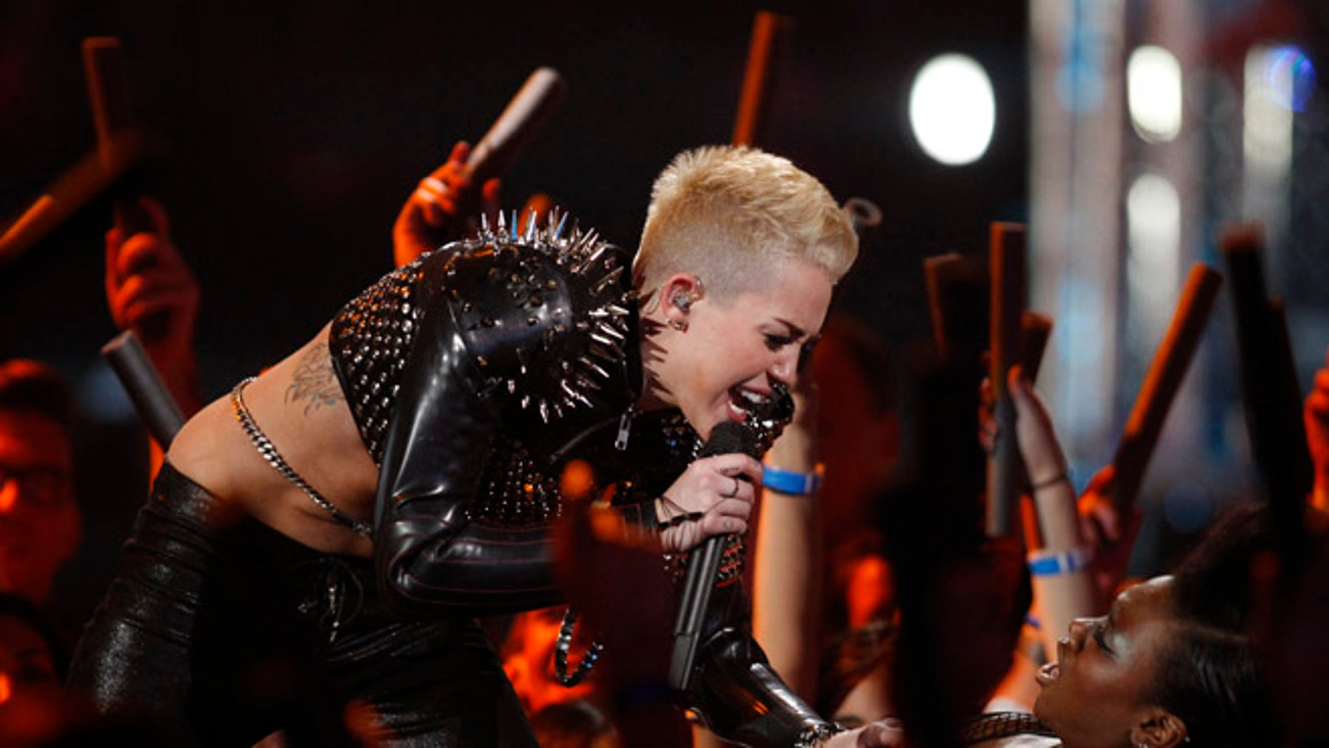"Miley Cyrus performed ""Rebel Yell"" at a VH1 show in 2012."