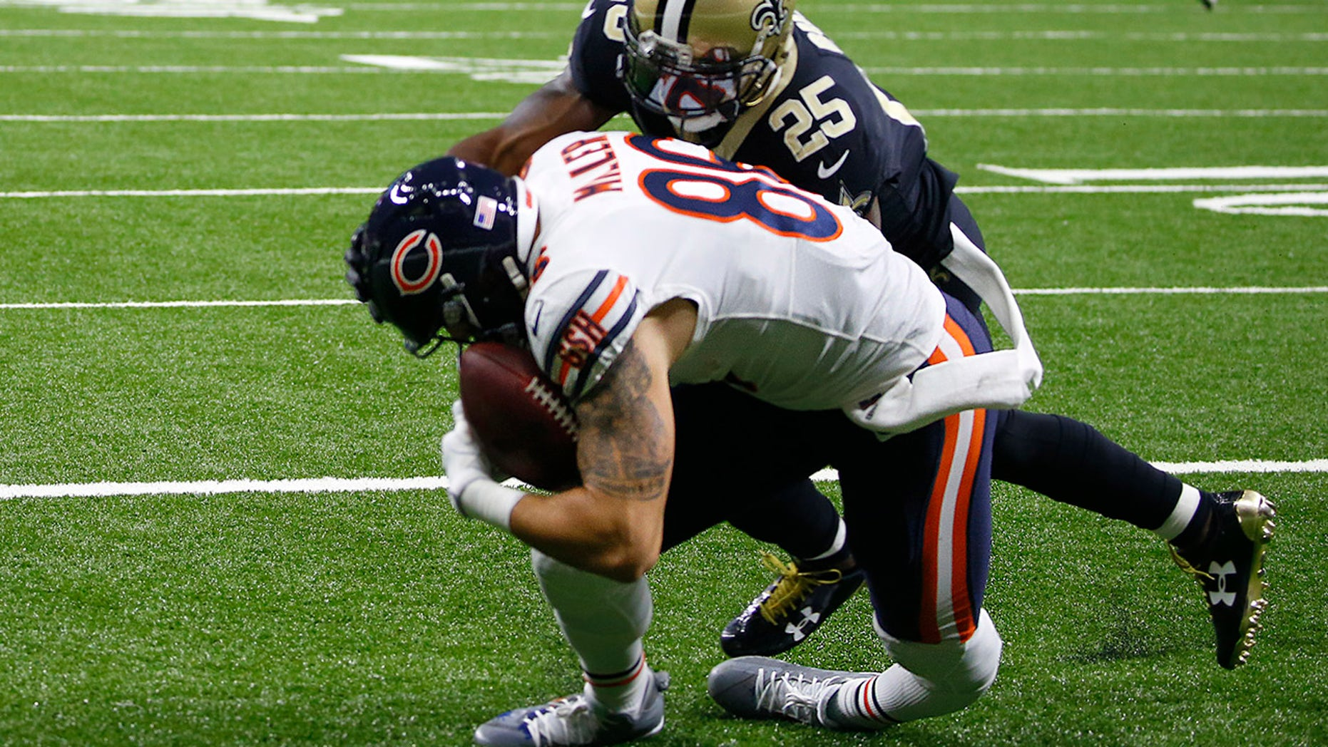 Bears tight end undergoes emergency surgery after gruesome