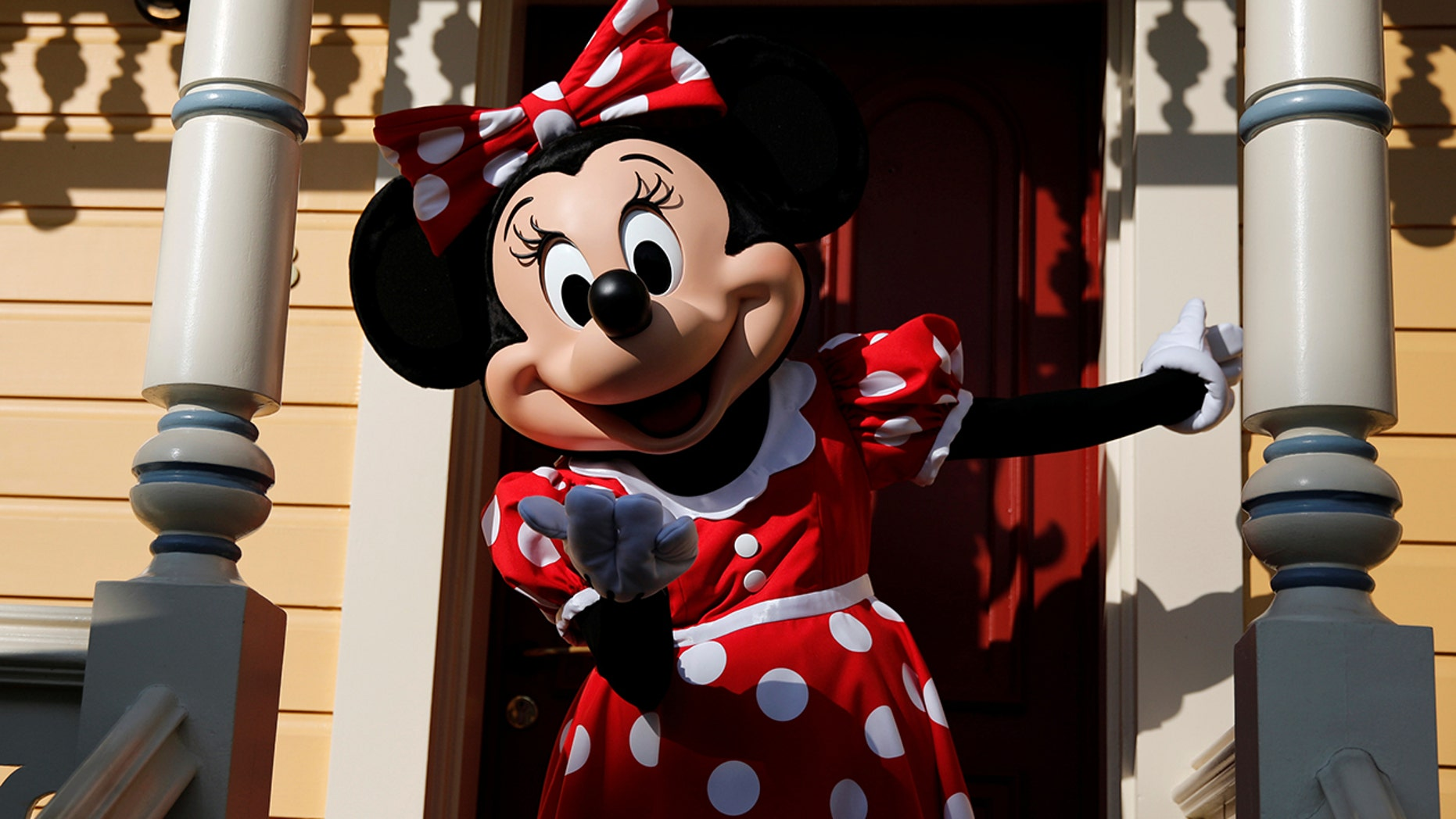 Minnie Mouse's vintage ears are creating excitement and long lines at Disneyland.